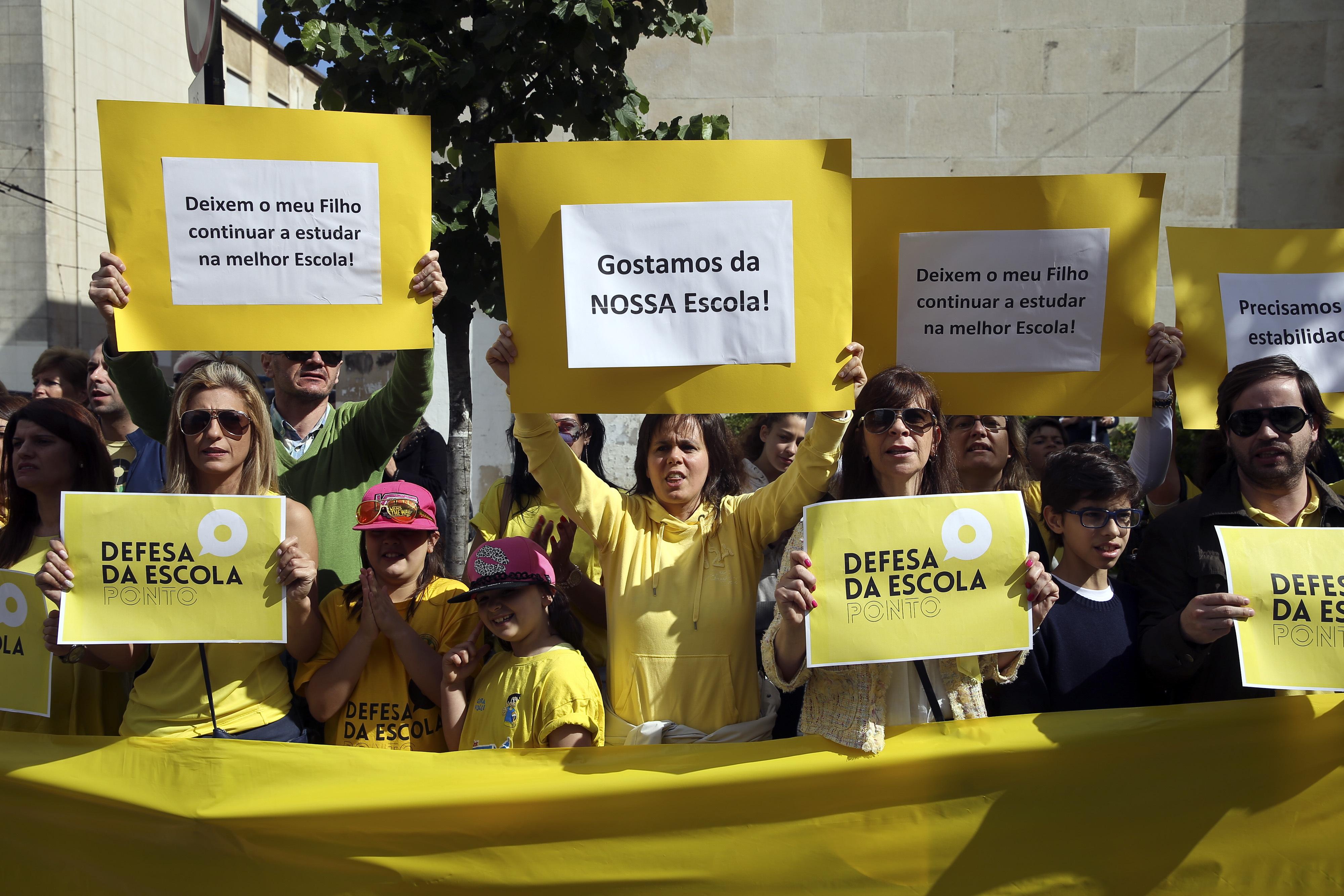 Movimento Defesa da Escola Ponto manifesta-se hoje em Lisboa