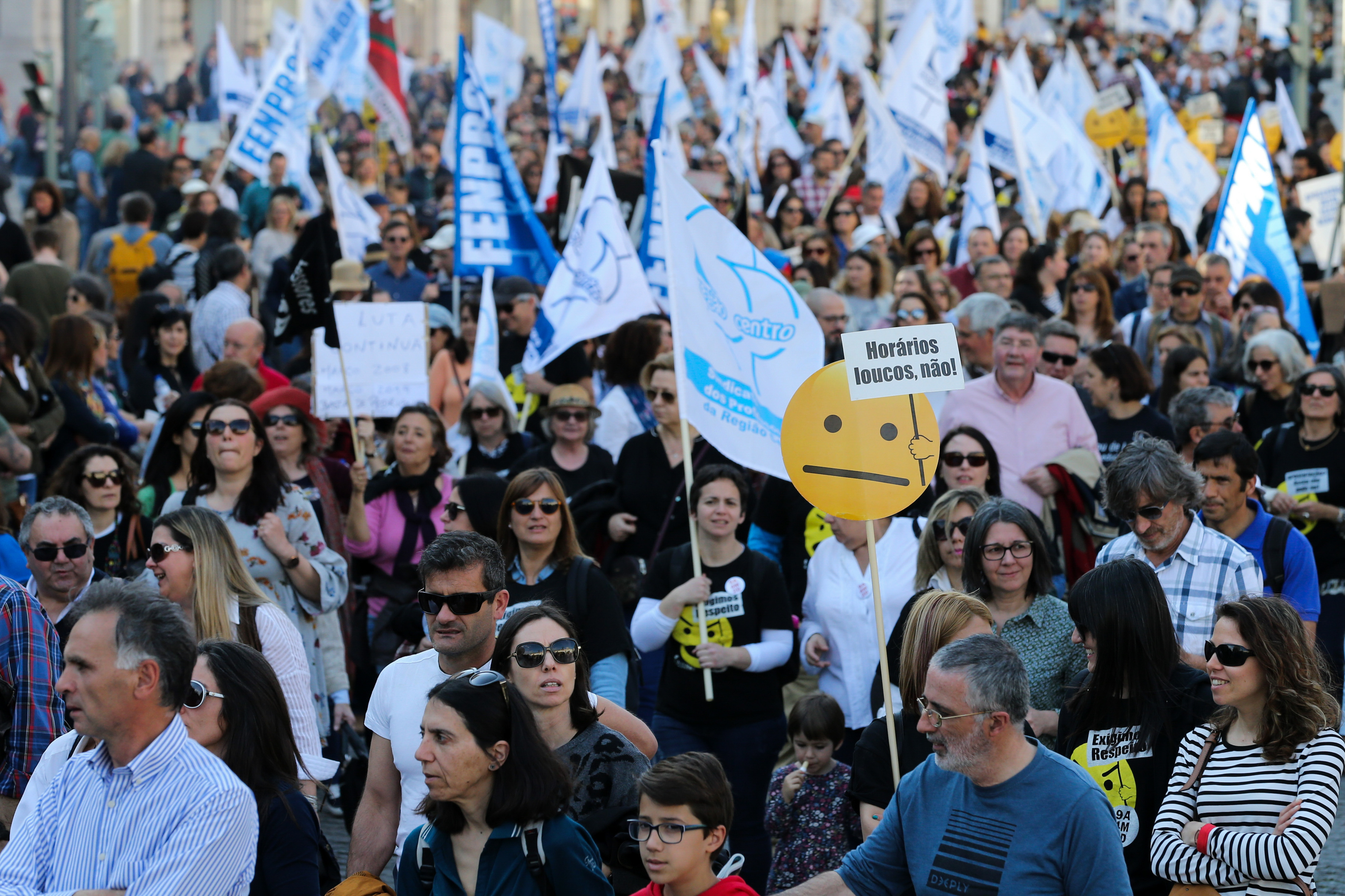 Fenprof diz que se horários dos professores não mudarem mantém greve às horas extra