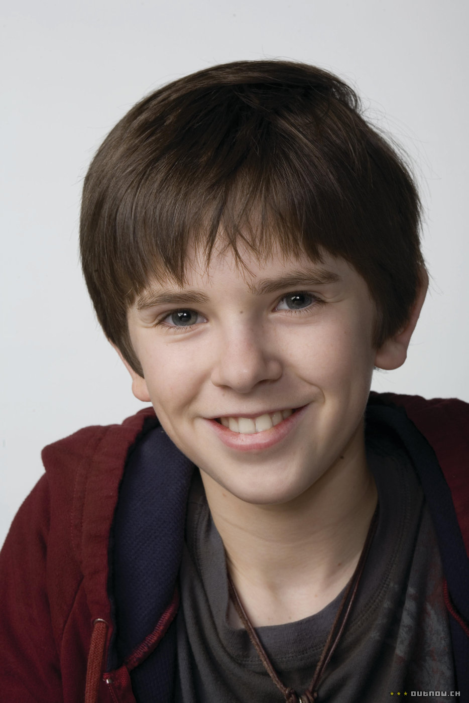 freddie highmore - photo #33