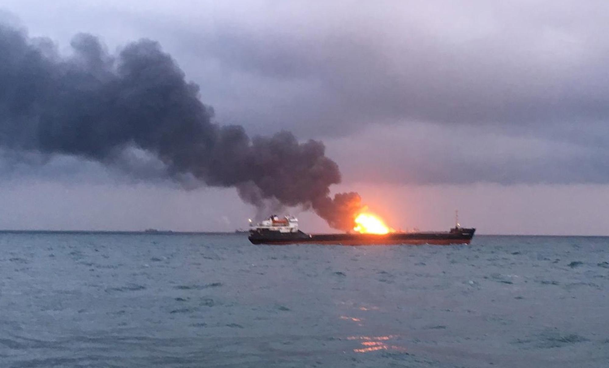Número de mortos em acidente com navios no estreito de Kerch revisto de 10 para 14