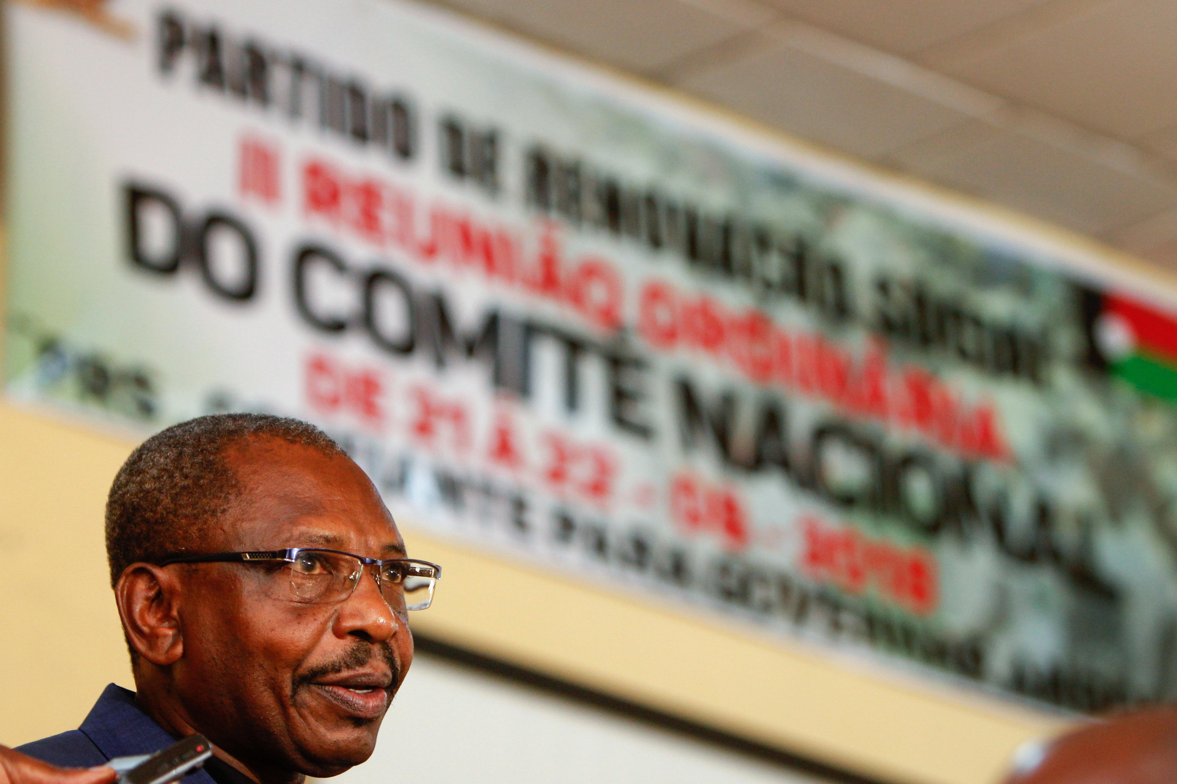 Partido angolano PRS com reservas sobre recurso ao FMI