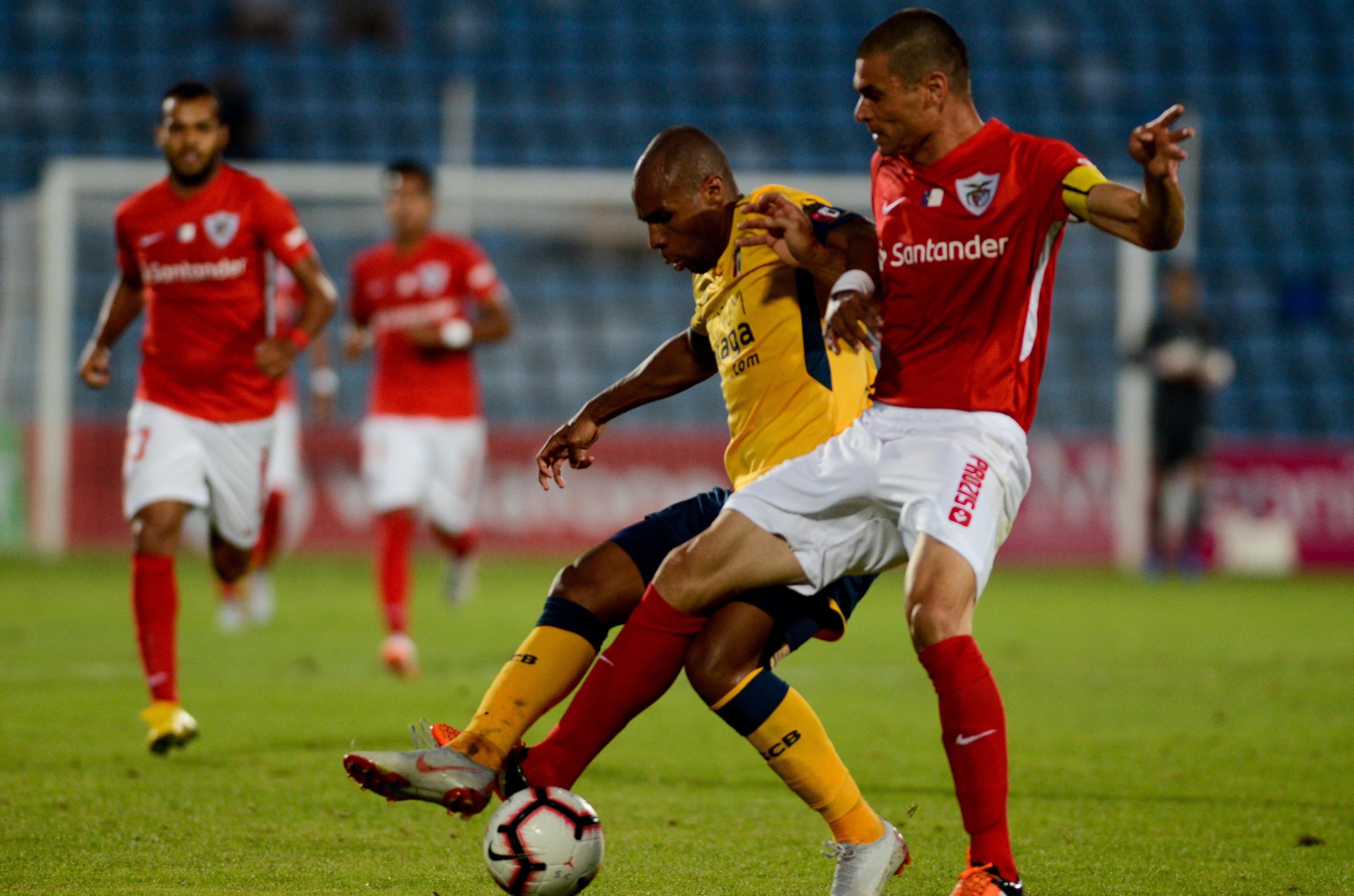 Santa Clara recupera de desvantagem de 3-0 e empata com Sporting de Braga