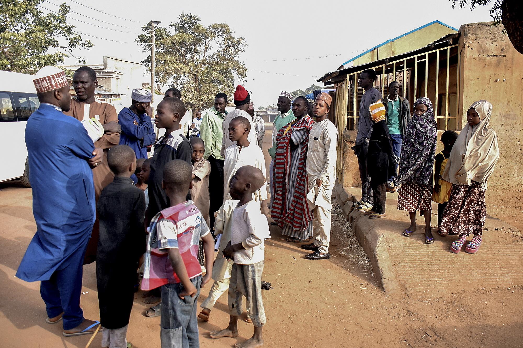 Mais de 84 milhões de nigerianos elegem hoje Presidente, deputados e senadores