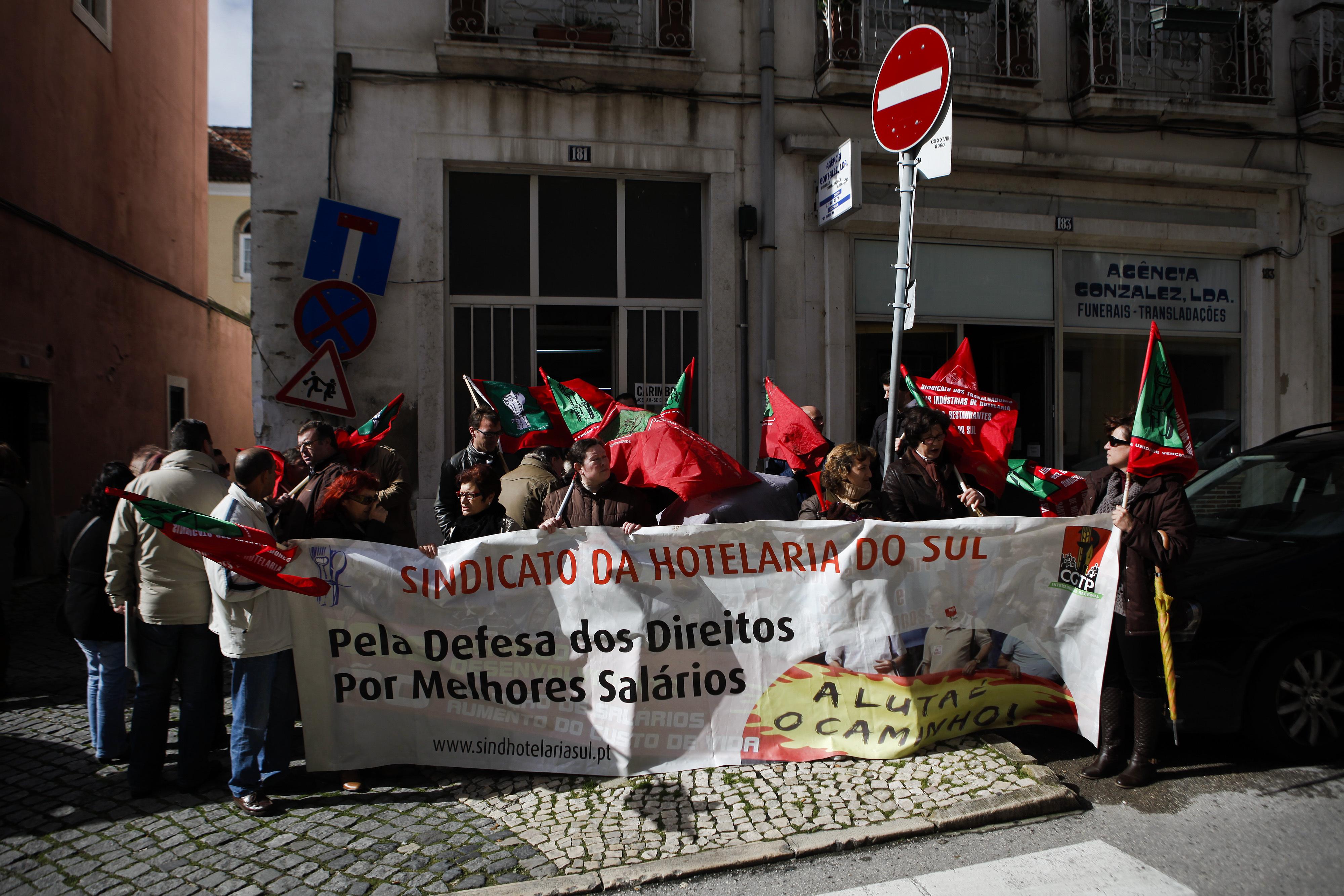 Hoteleiros da Fundação Inatel estão hoje em greve e concentram-se em Lisboa