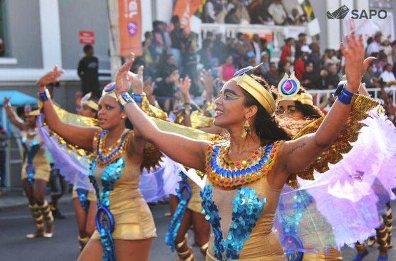 Desfile Vindos do Oriente | 2015