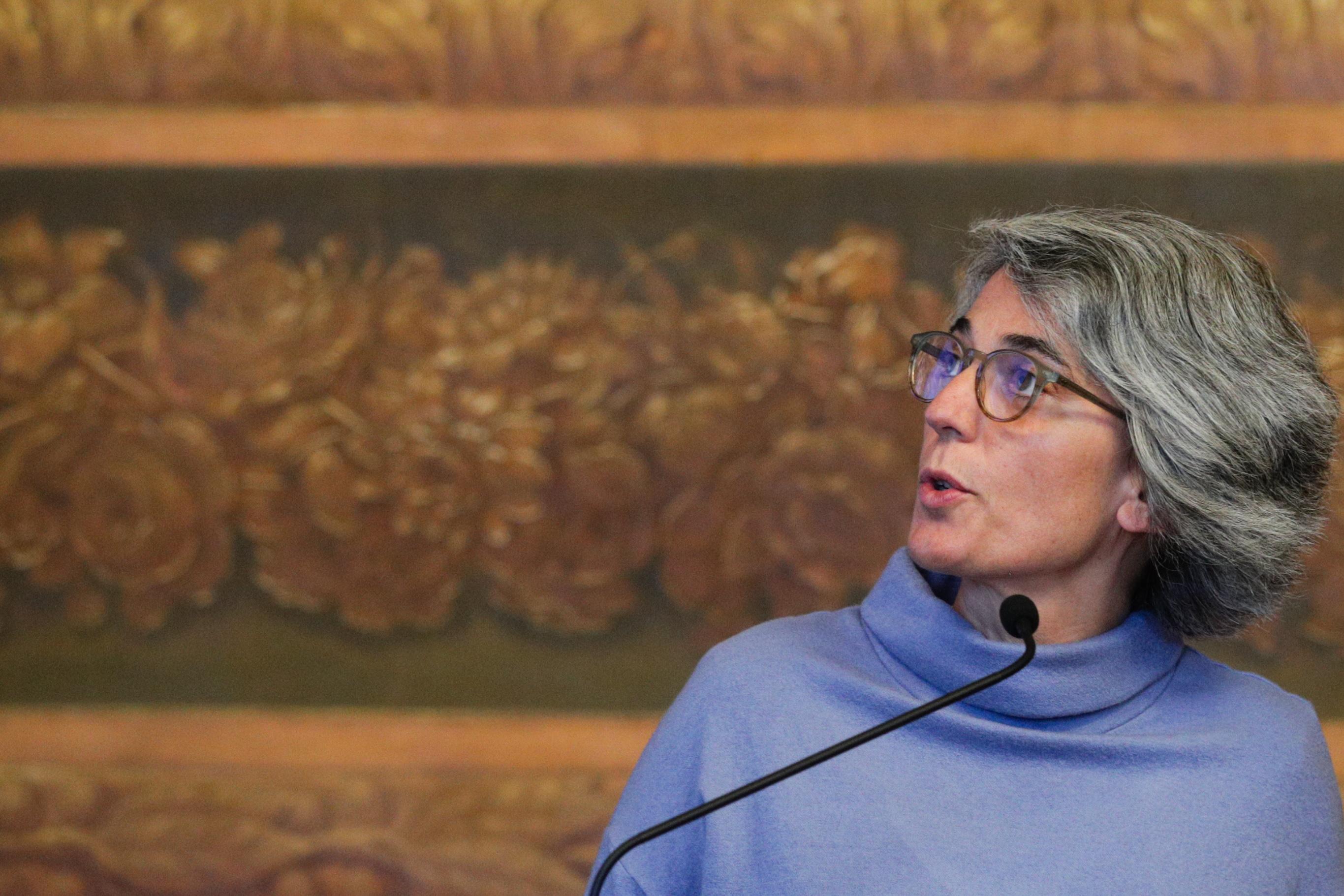 Ministra da Cultura vai ao parlamento prestar esclarecimentos sobre os concursos