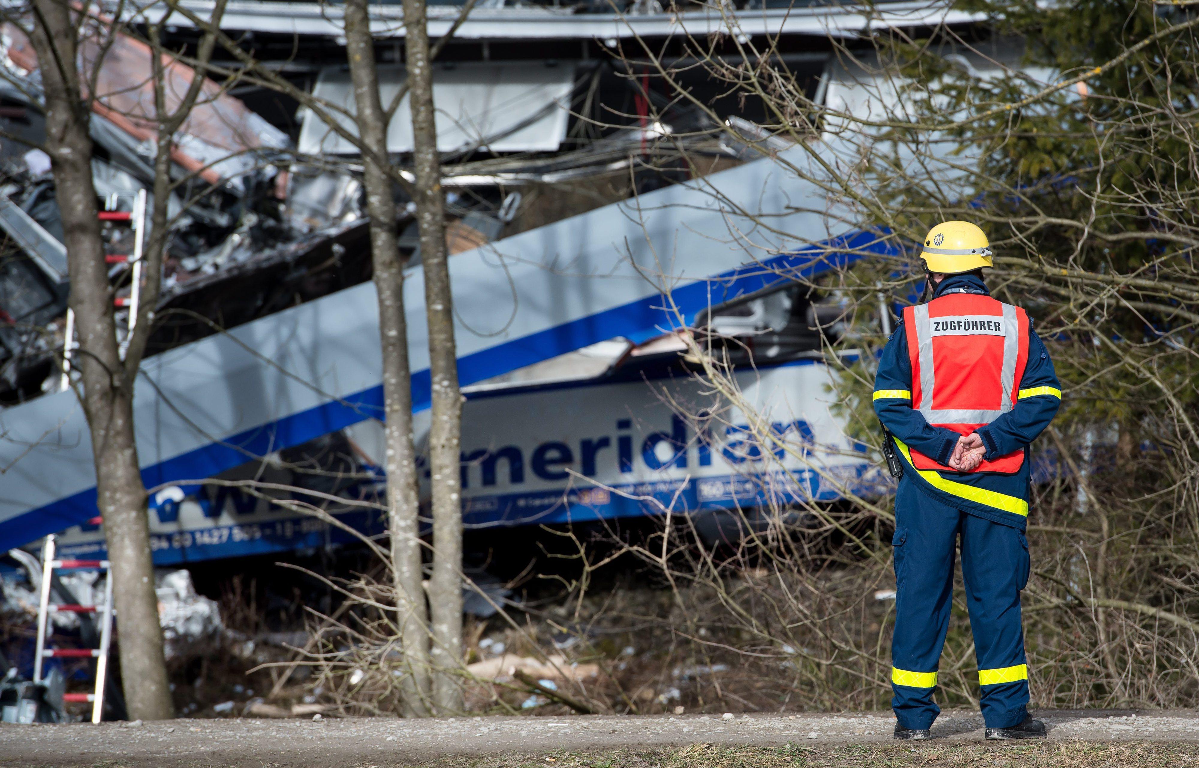 """""""Erro humano"""" na origem de choque de comboios na Alemanha"""