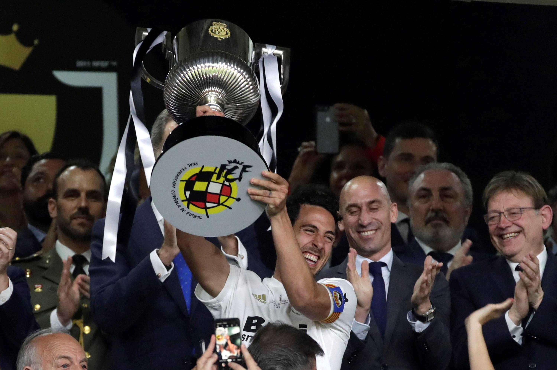 Valência vence FC Barcelona e conquista Taça do Rei de Espanha