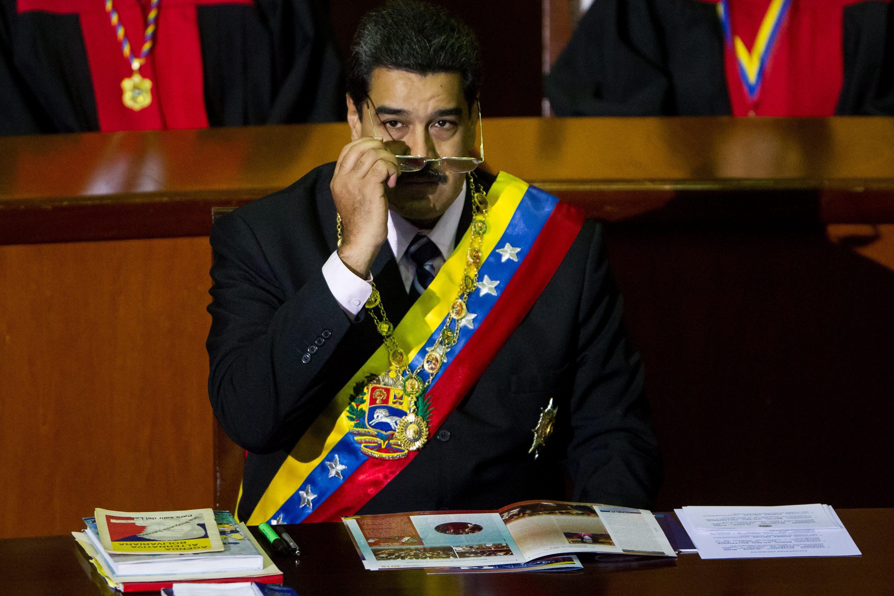 Presidente Nicolás Maduro anuncia que usará Facebook para falar aos venezuelanos