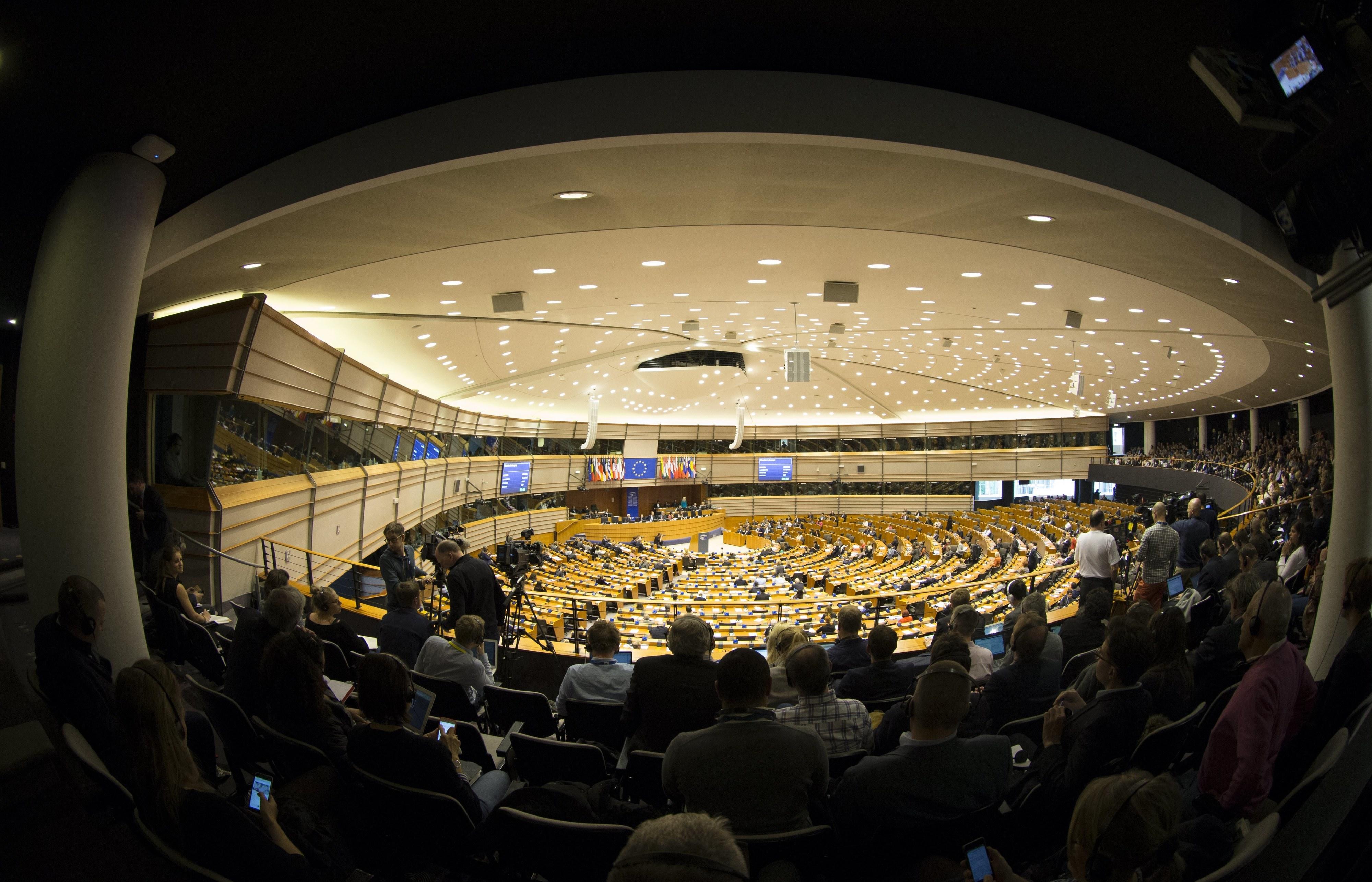 """Eurodeputados portugueses defendem que UE tem de """"fazer mais"""""""