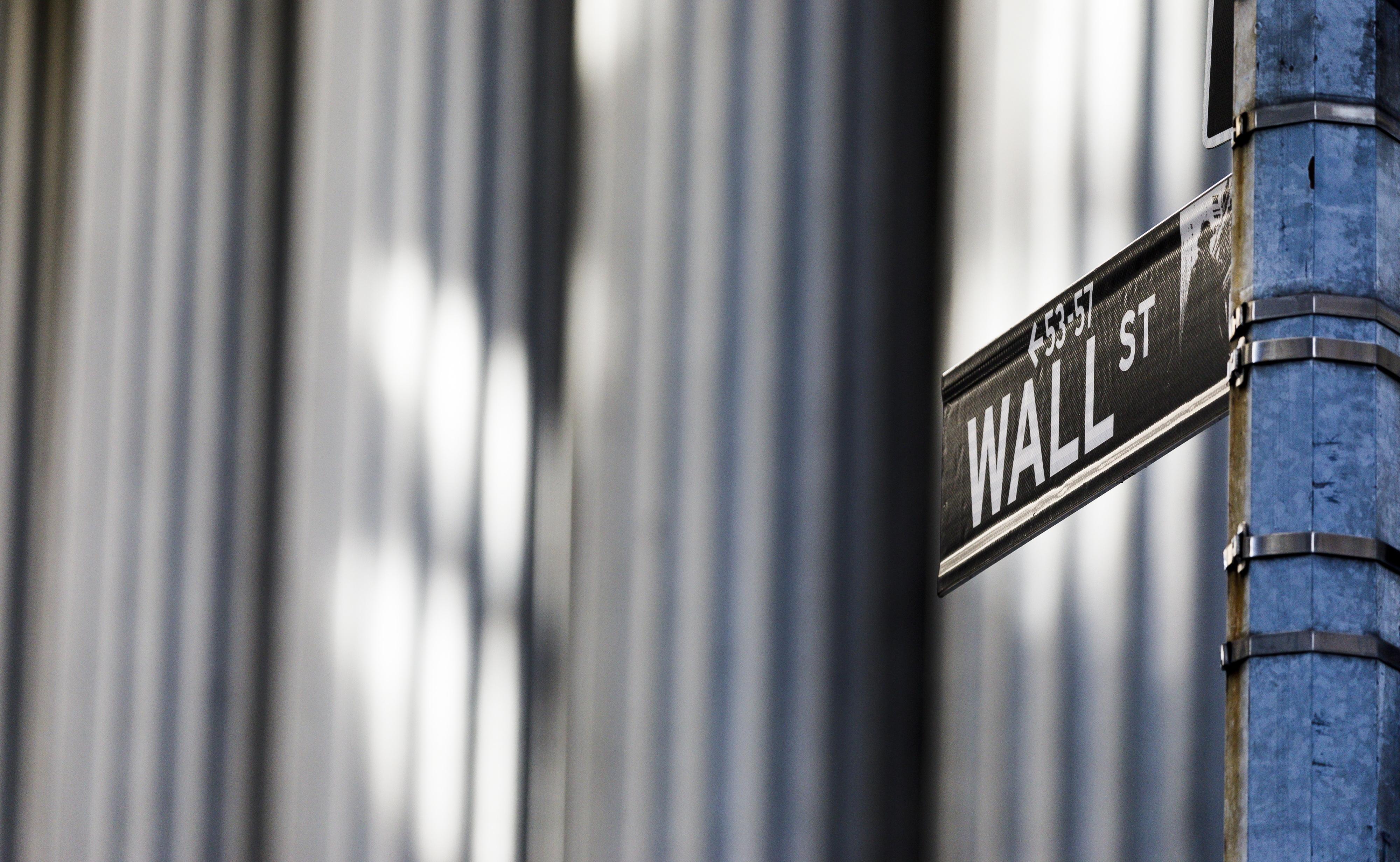 Wall Street fecha em alta ligeira com investidores a descansarem de semana agitada