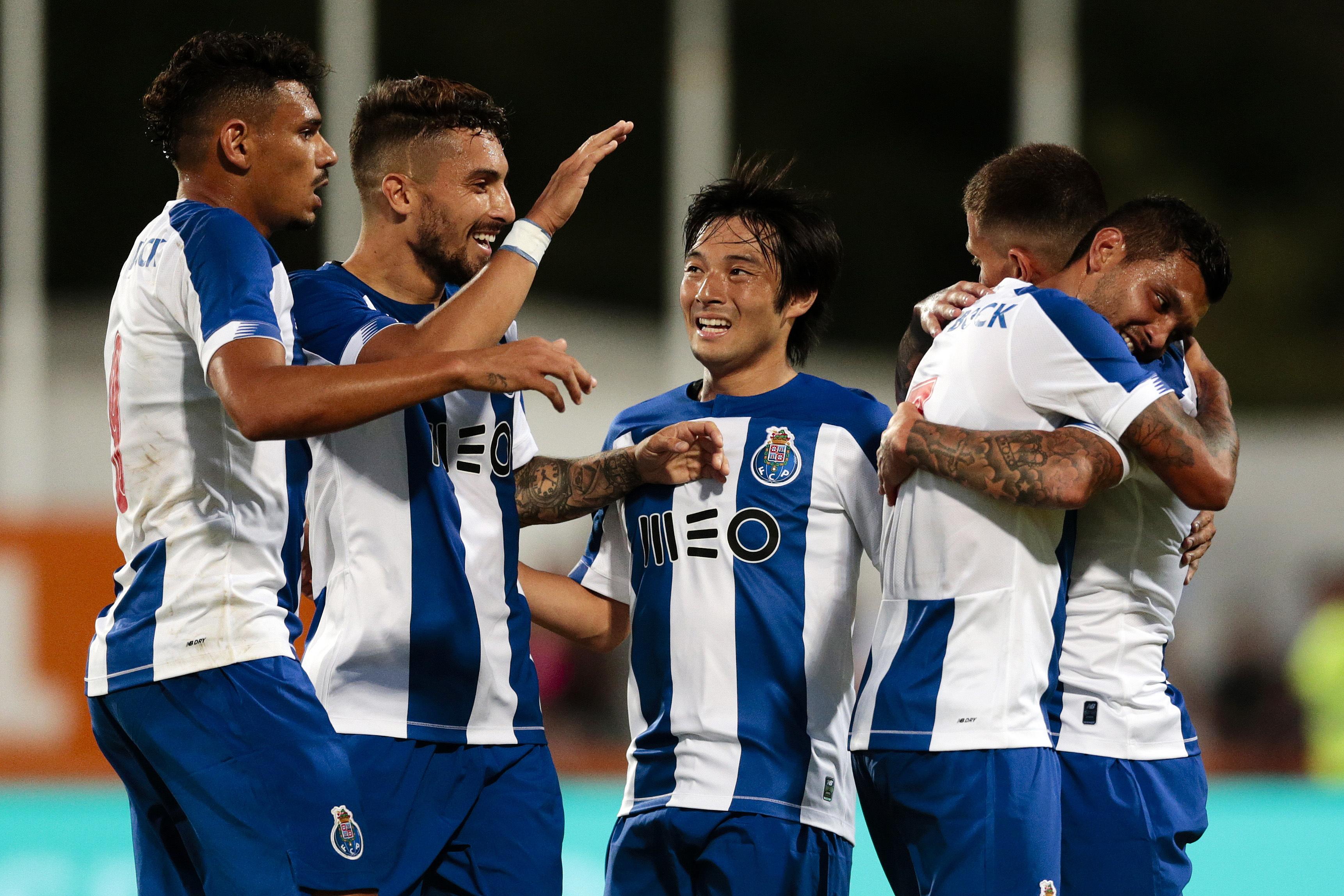 Golo de Octávio dá vitória do FC Porto sobre Fulham