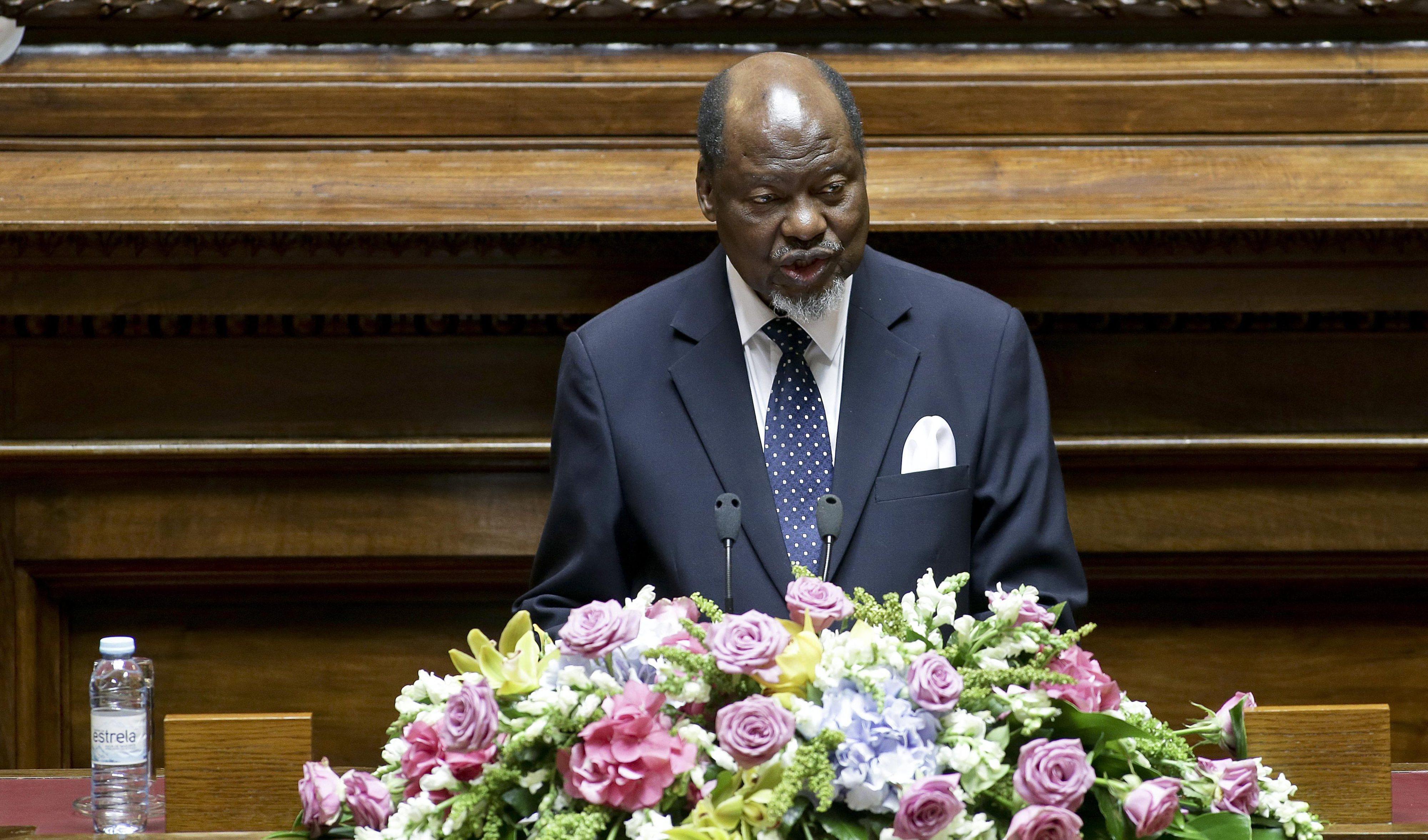Antigo Presidente de Moçambique espera que votação seja festa para o povo angolano