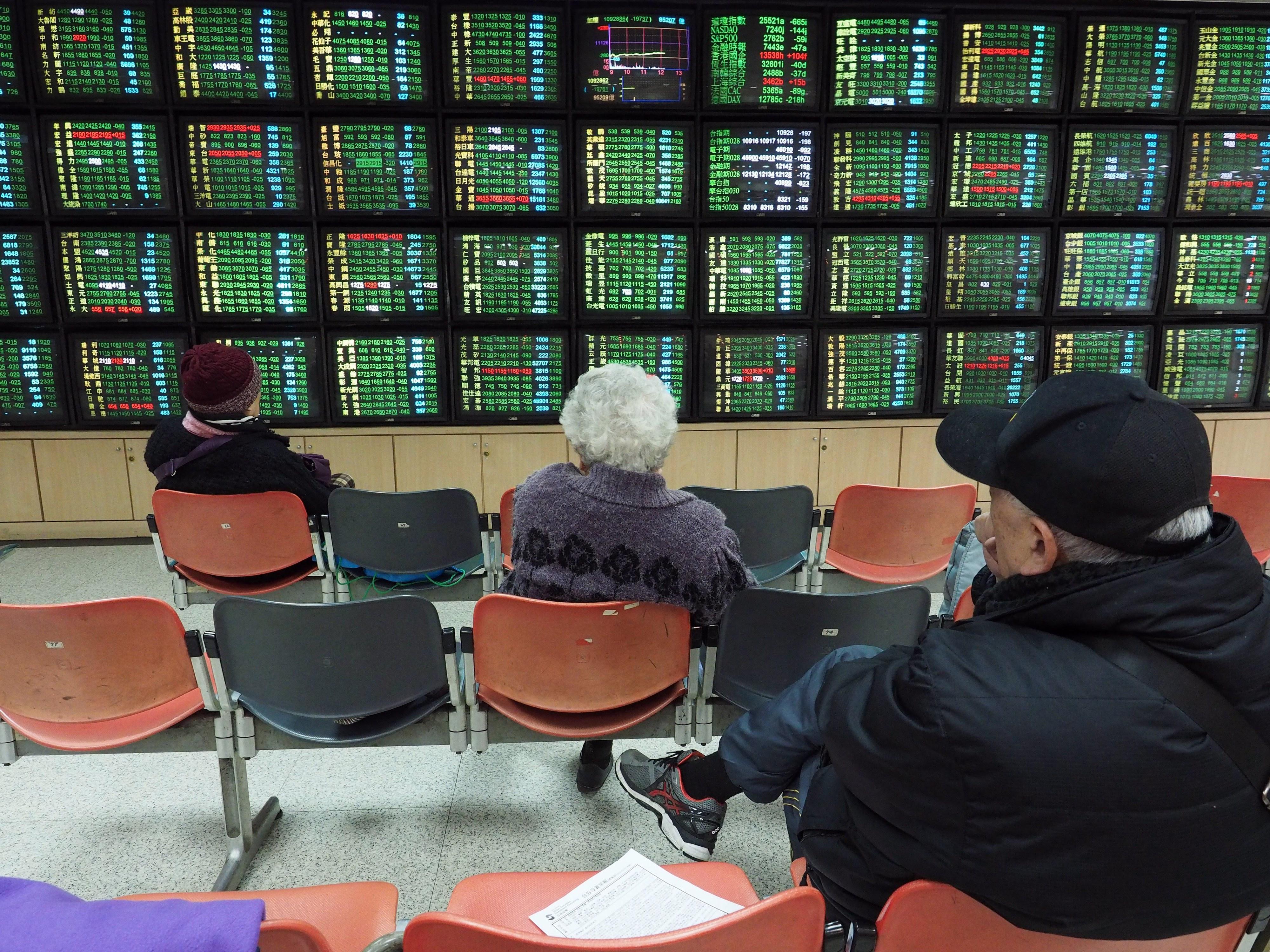 PSI20 segue rumo das bolsas europeias e sobe 0,76%