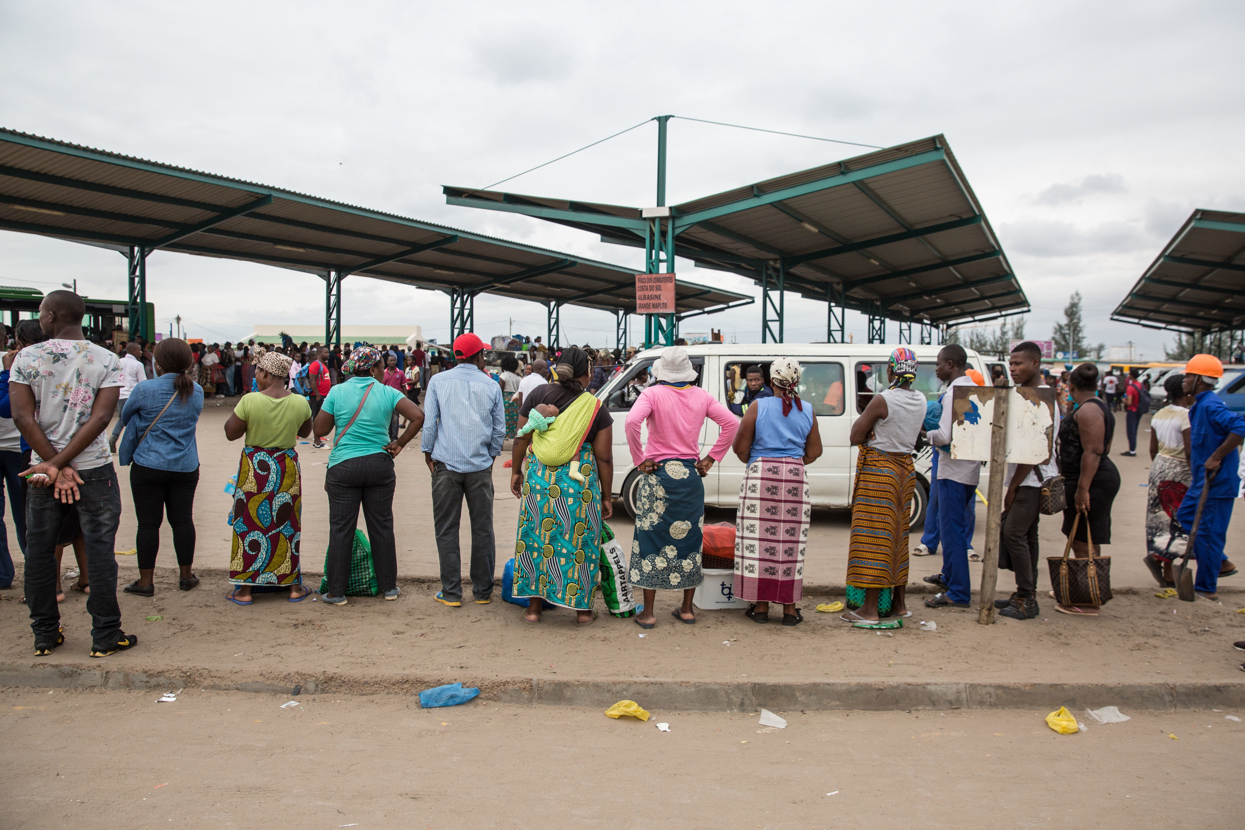 Polícia moçambicana detém 25 indivíduos por violação das regras no estado de emergência