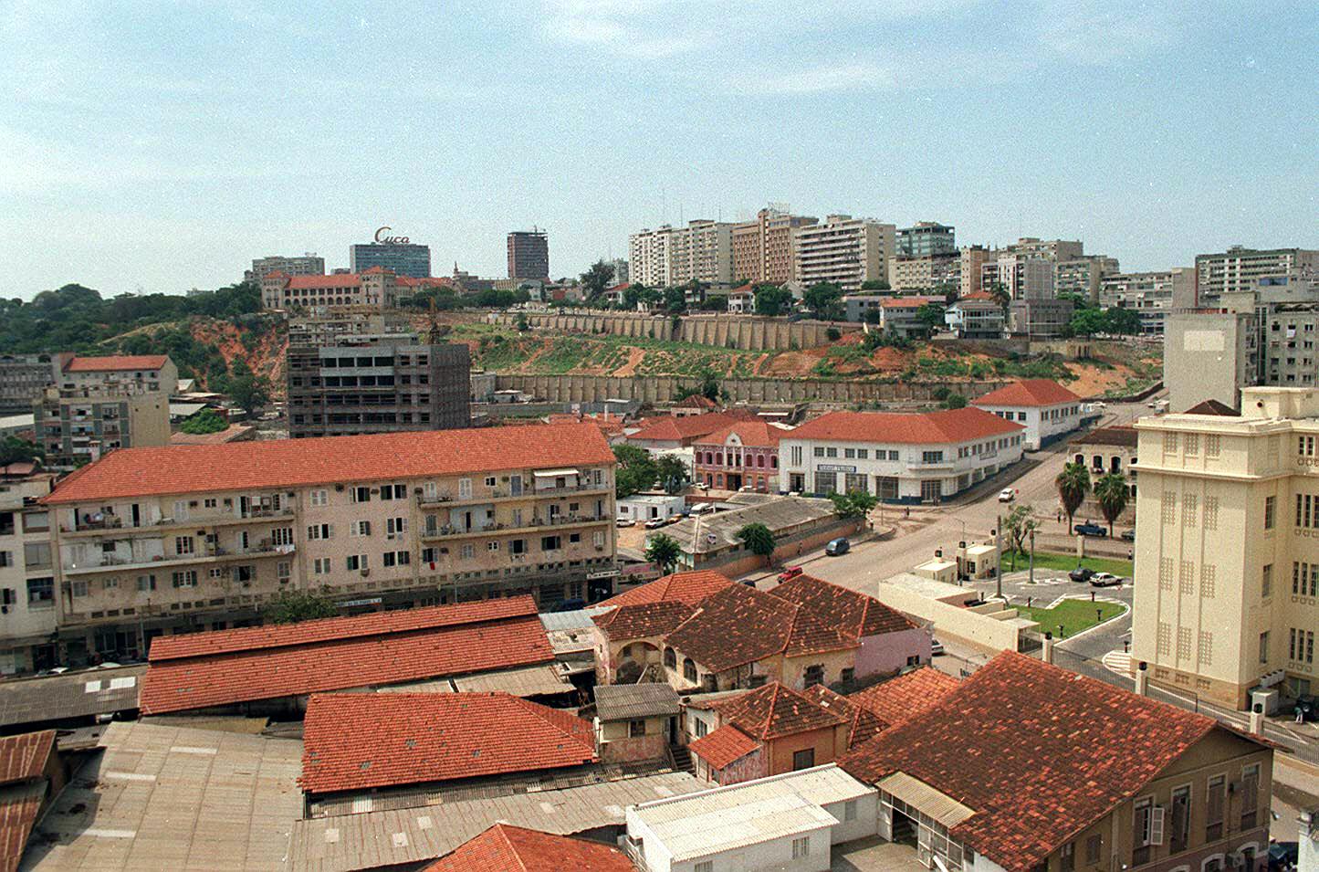 Área destinada à promoção imobiliária no centro de Luanda entregue a empresa pública