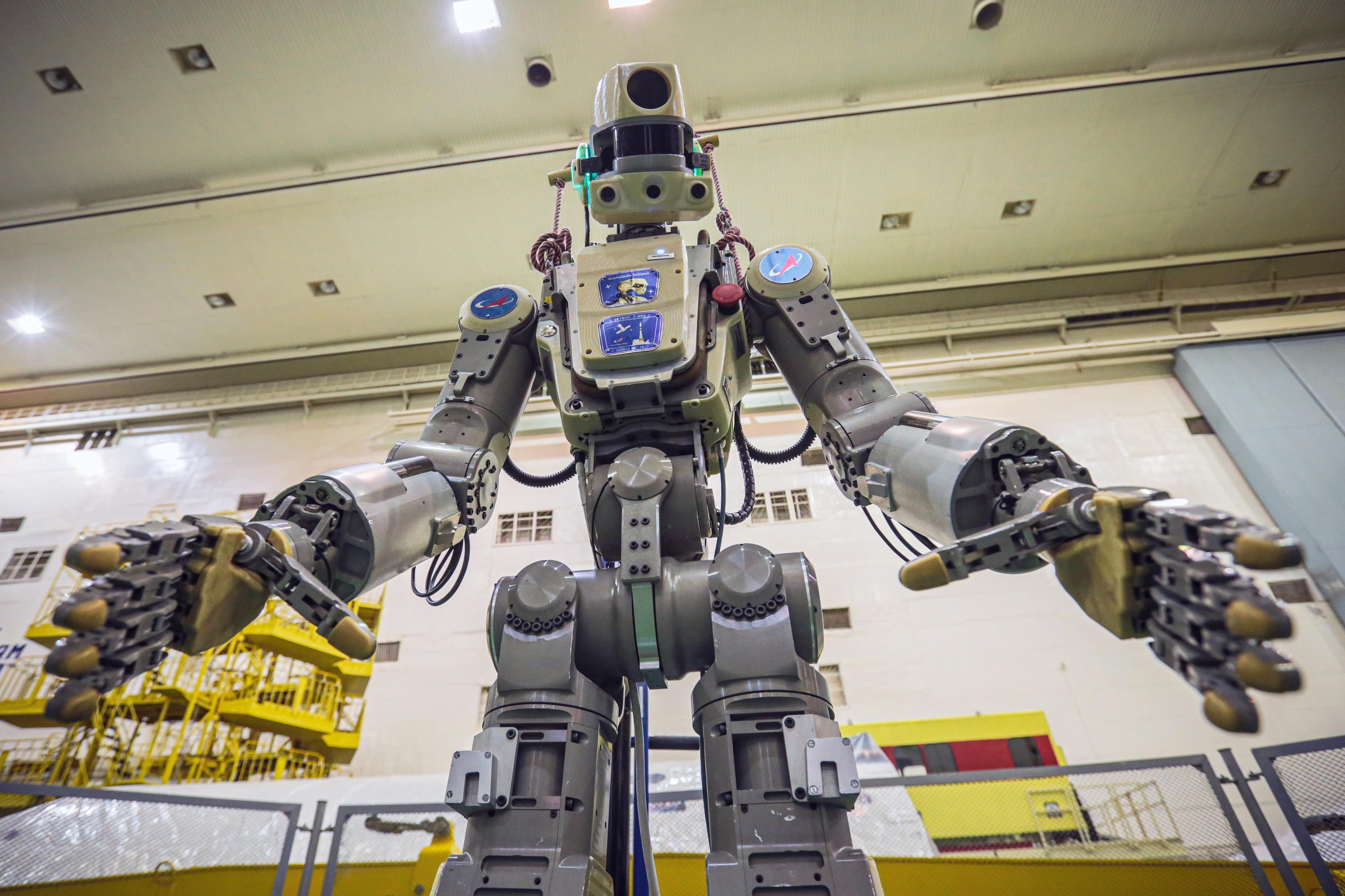 Sonda com primeiro robô humanoide russo a bordo falha acoplagem em estação espacial