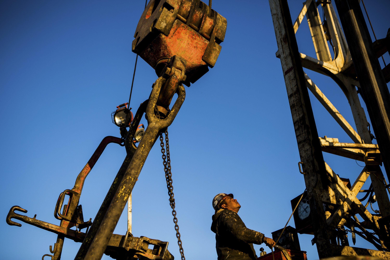 Produção de petróleo em Angola cai para 1,58 milhões de barris de janeiro a abril - Platts