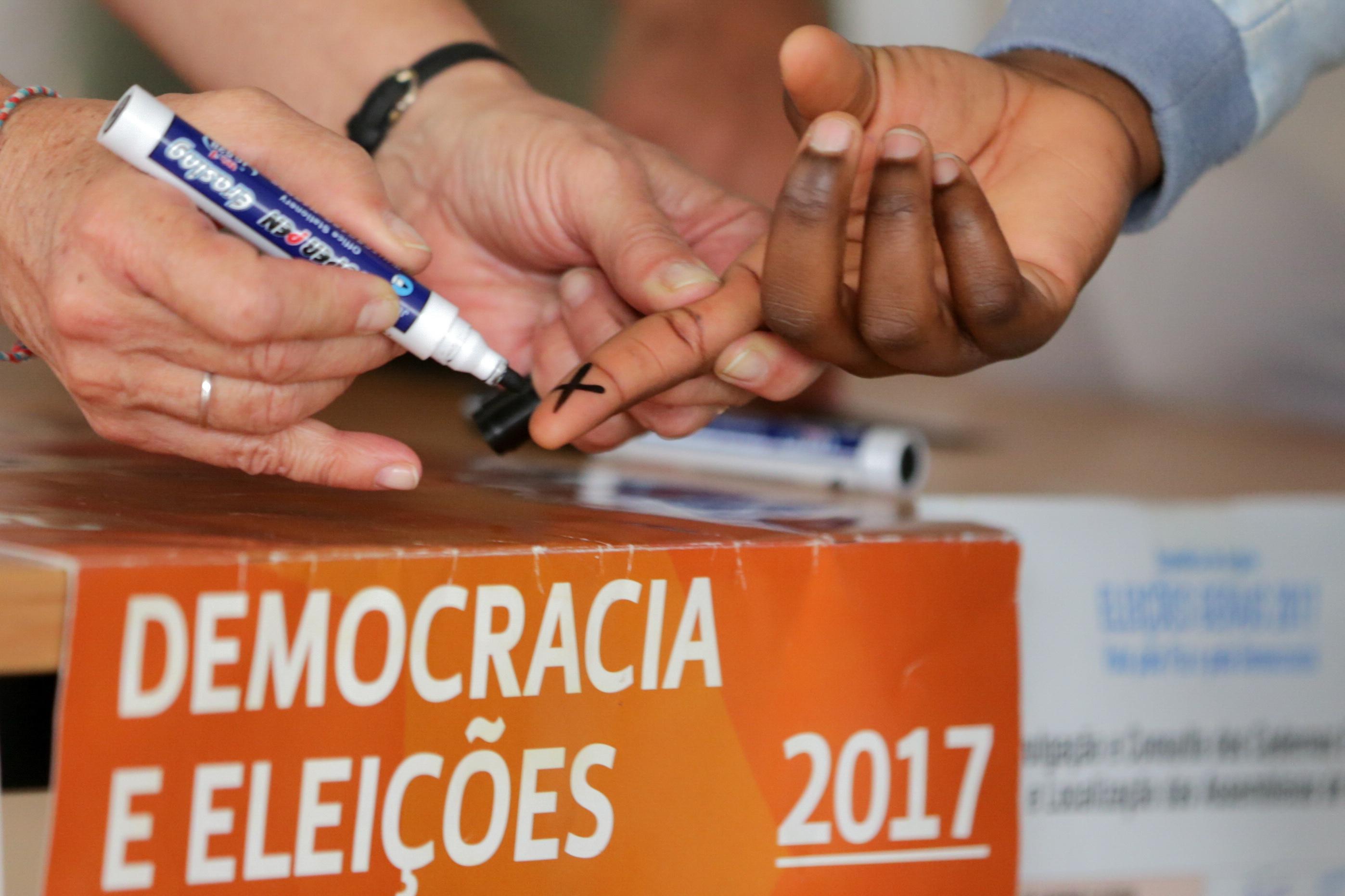 União Africana diz que processo eleitoral angolano decorre com normalidade