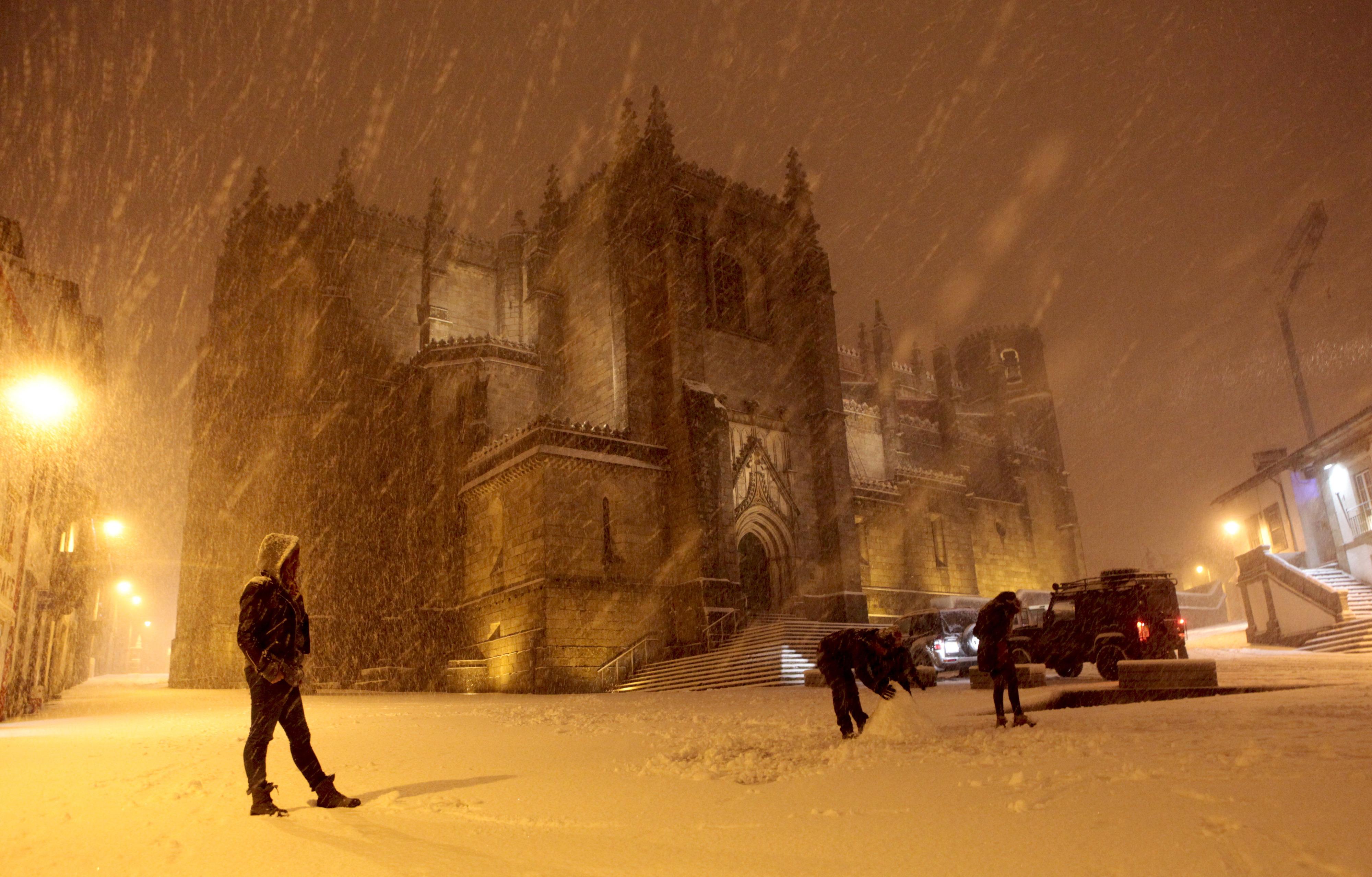 IPMA eleva para laranja aviso para Guarda e Castelo Branco devido à neve