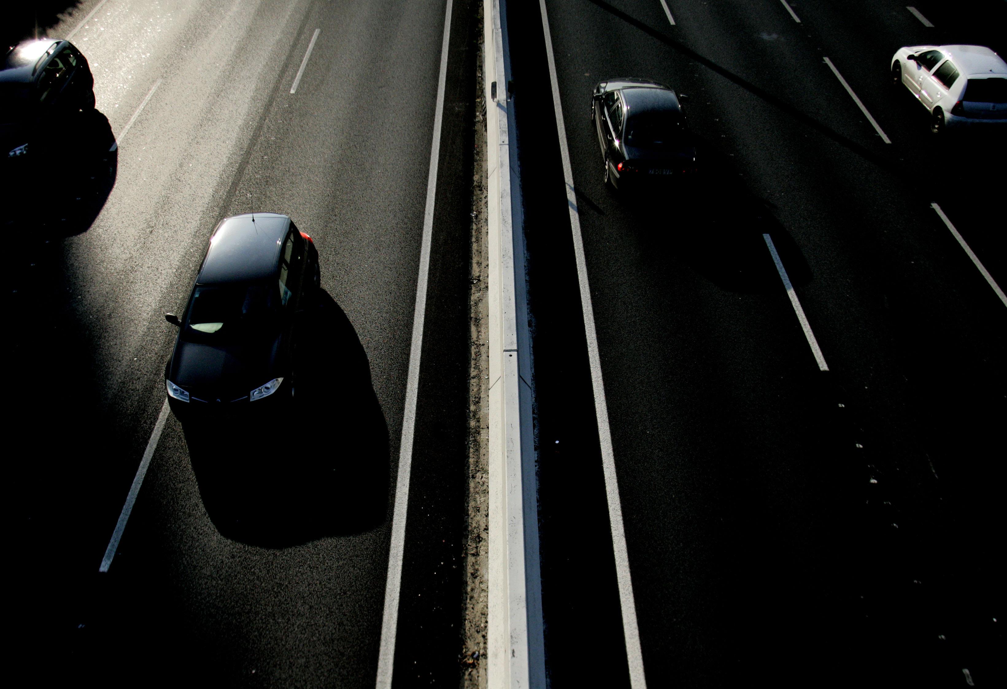 Autoestrada 2 cortada nos dois sentidos entre Alcácer do Sal e Grândola devido a acidentes