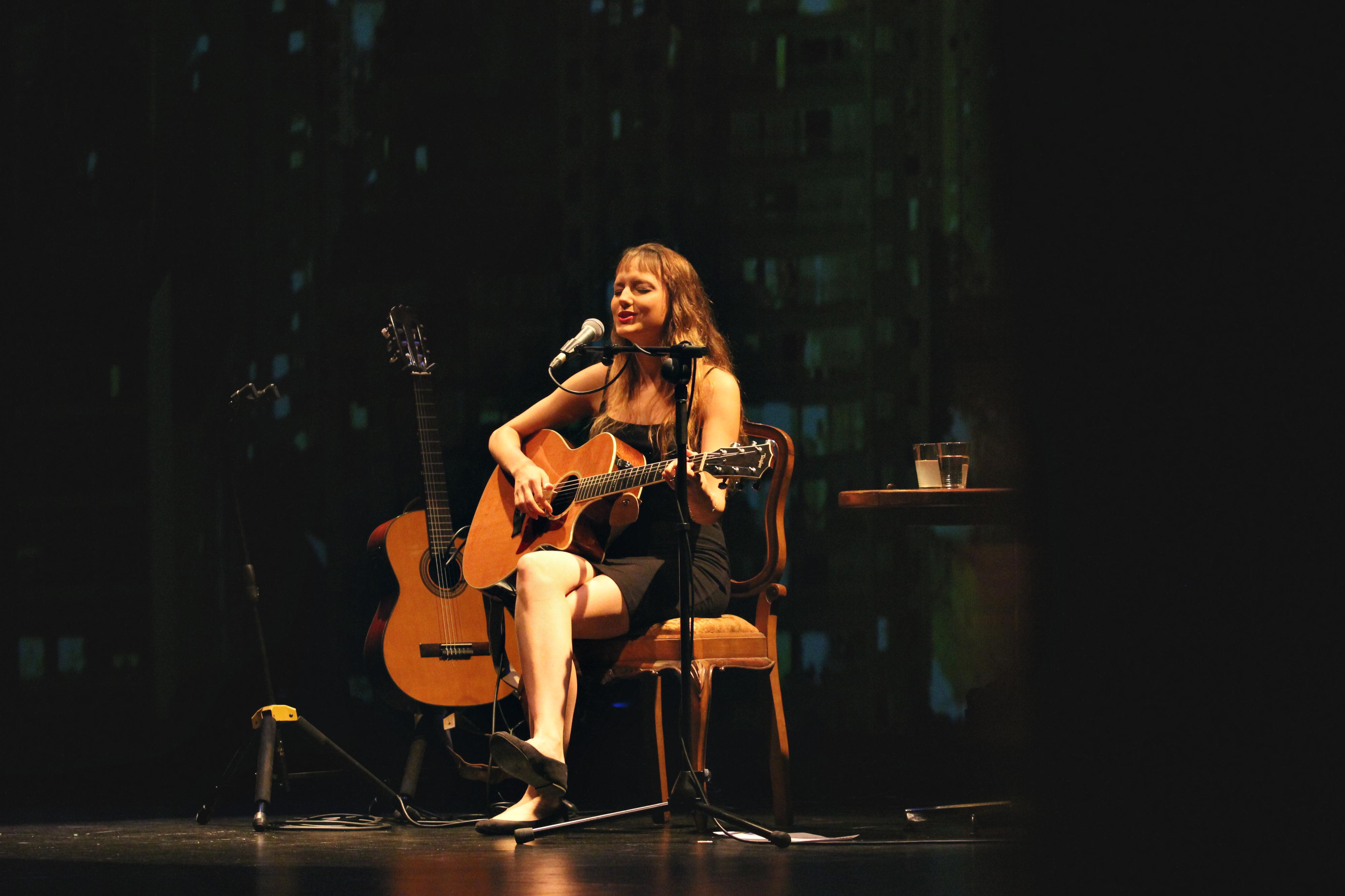Mallu Magalhães anuncia mais três concertos em Portugal