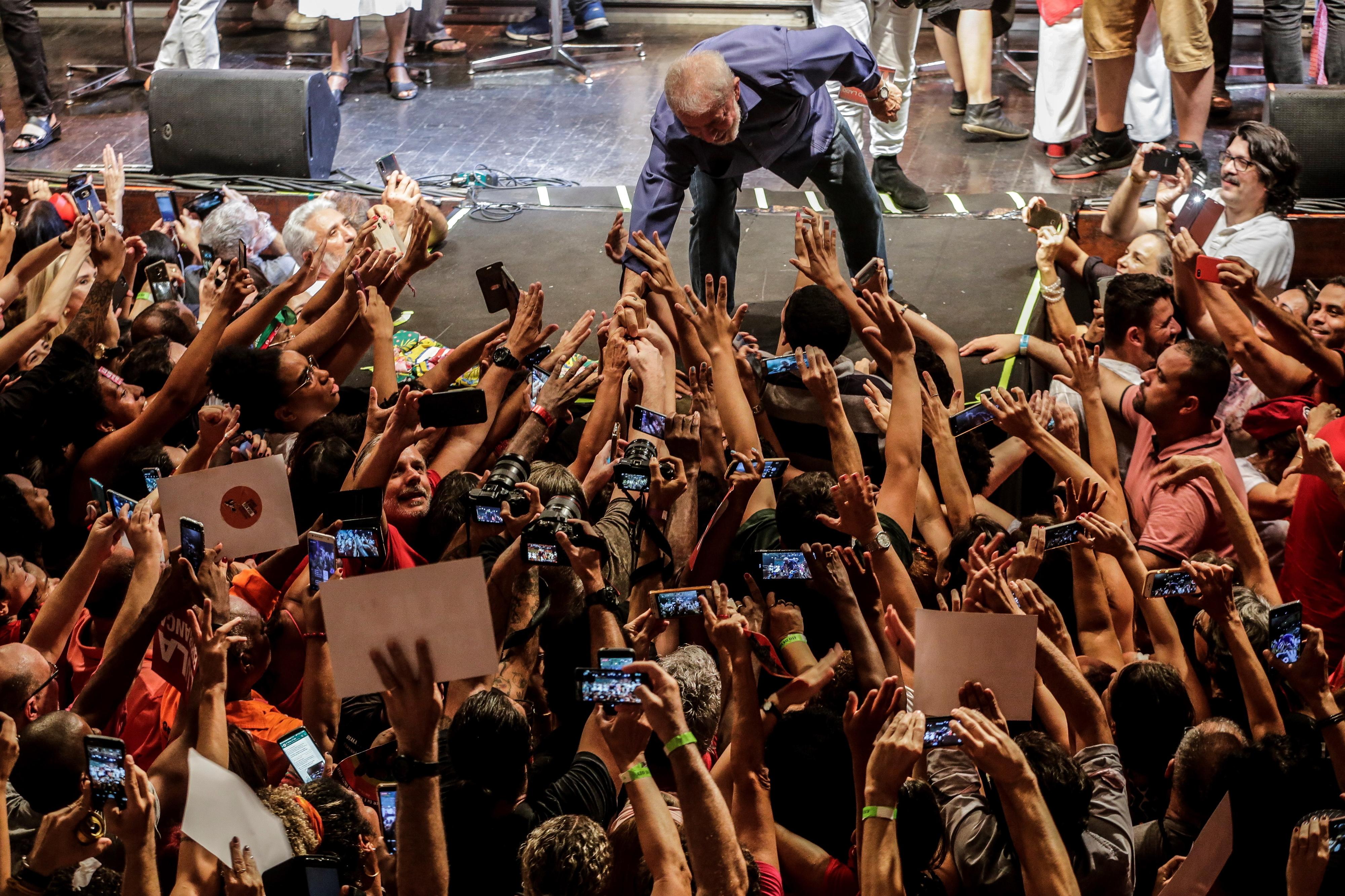 Lula da Silva vai discutir desigualdade social em Paris, Genebra e Berlim