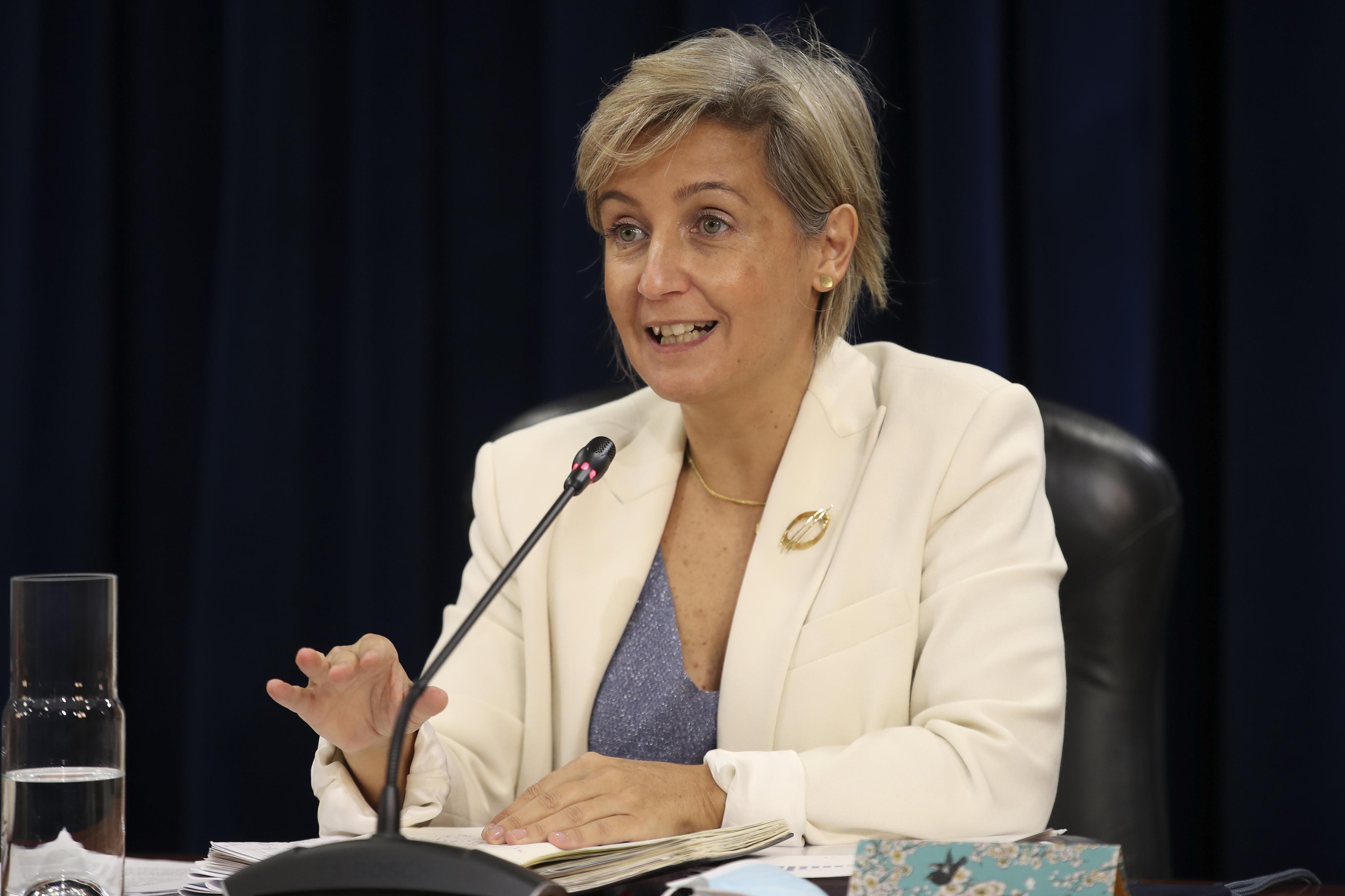 Ministra da Saúde alerta para agravamento da situação na última semana