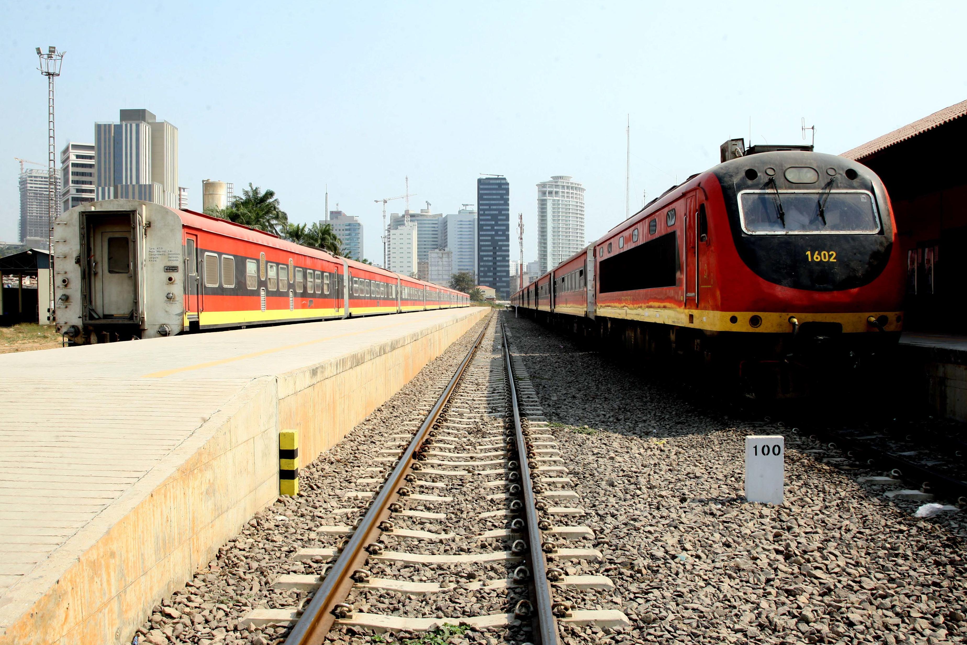 Caminhos-de-Ferro de Luanda suspendem circulação dos dois únicos comboios por questões de segurança