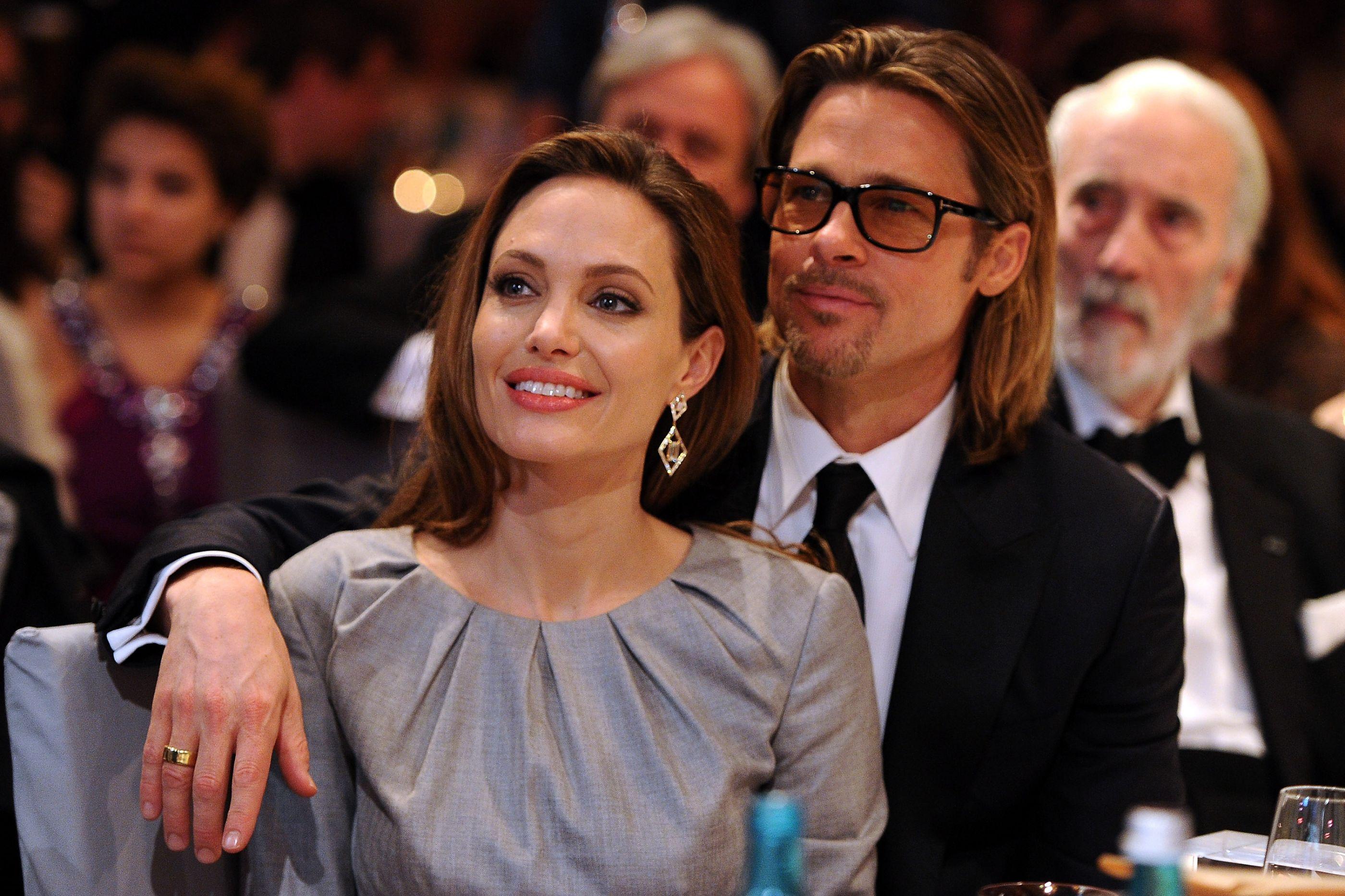 Angelina Jolie arrependida de ter pedido o divórcio?
