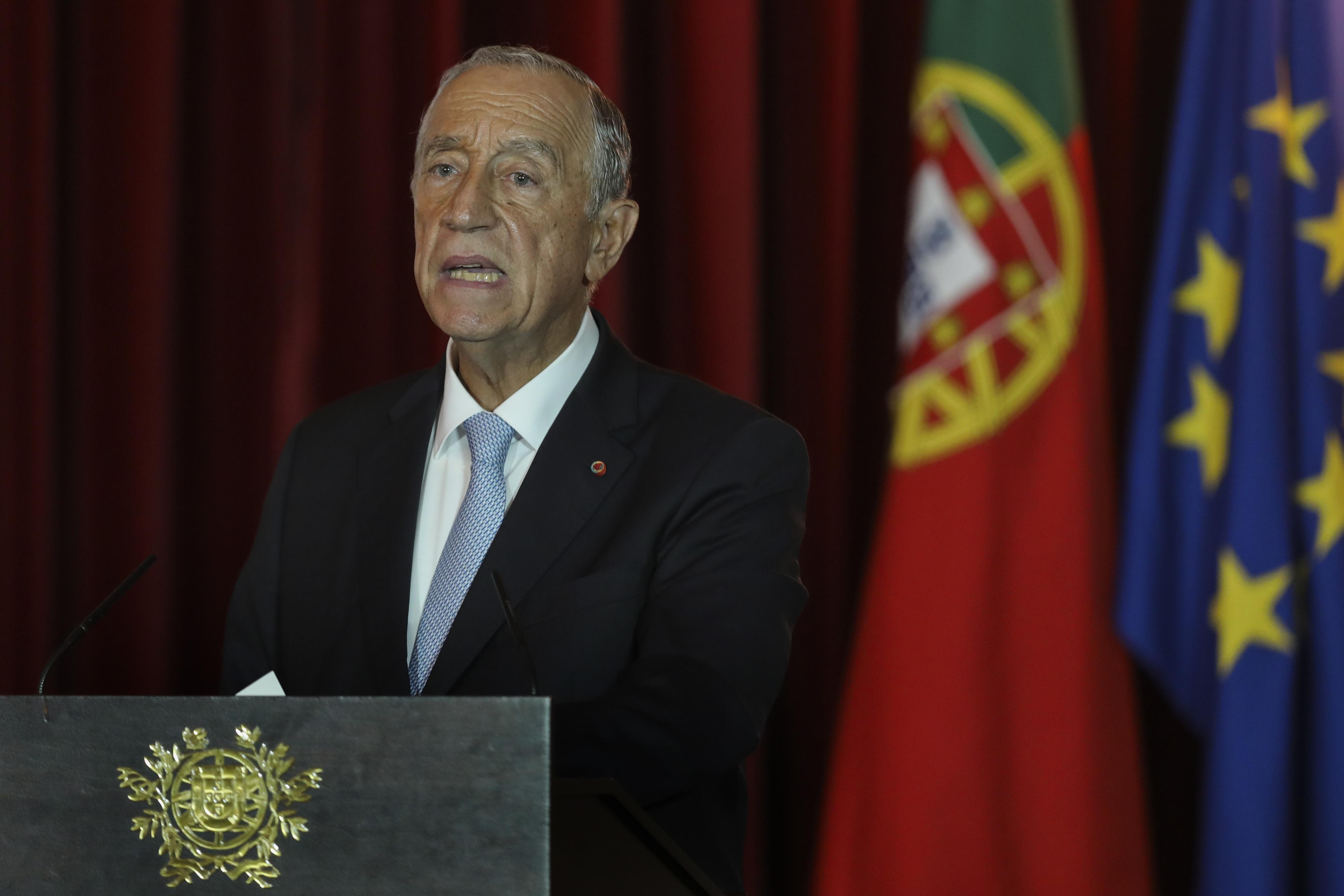 Marcelo promulga com dúvidas salário mínimo de 635,07 euros na função pública