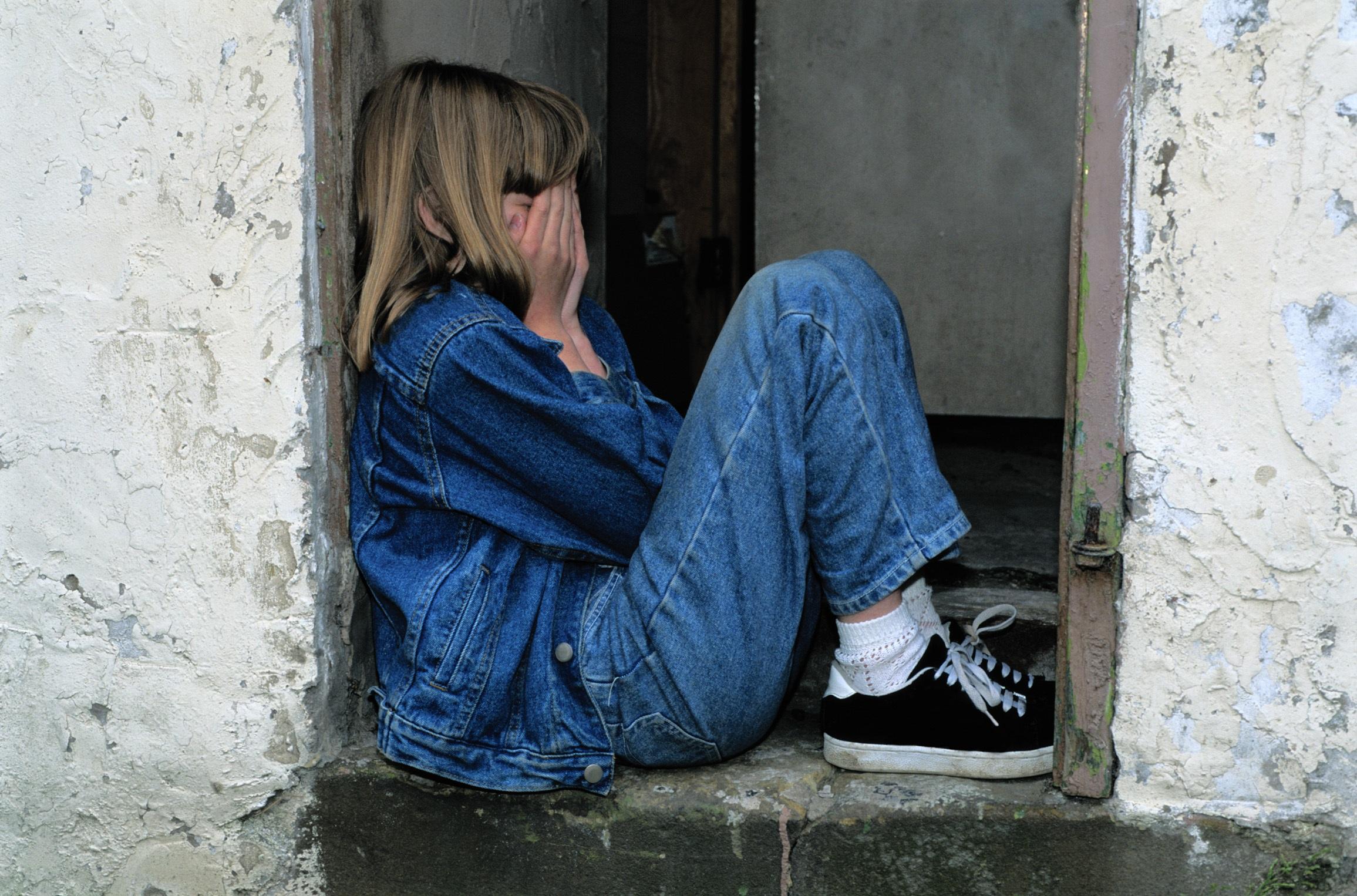 Casamento de menina de 13 anos leva à detenção de cinco pessoas
