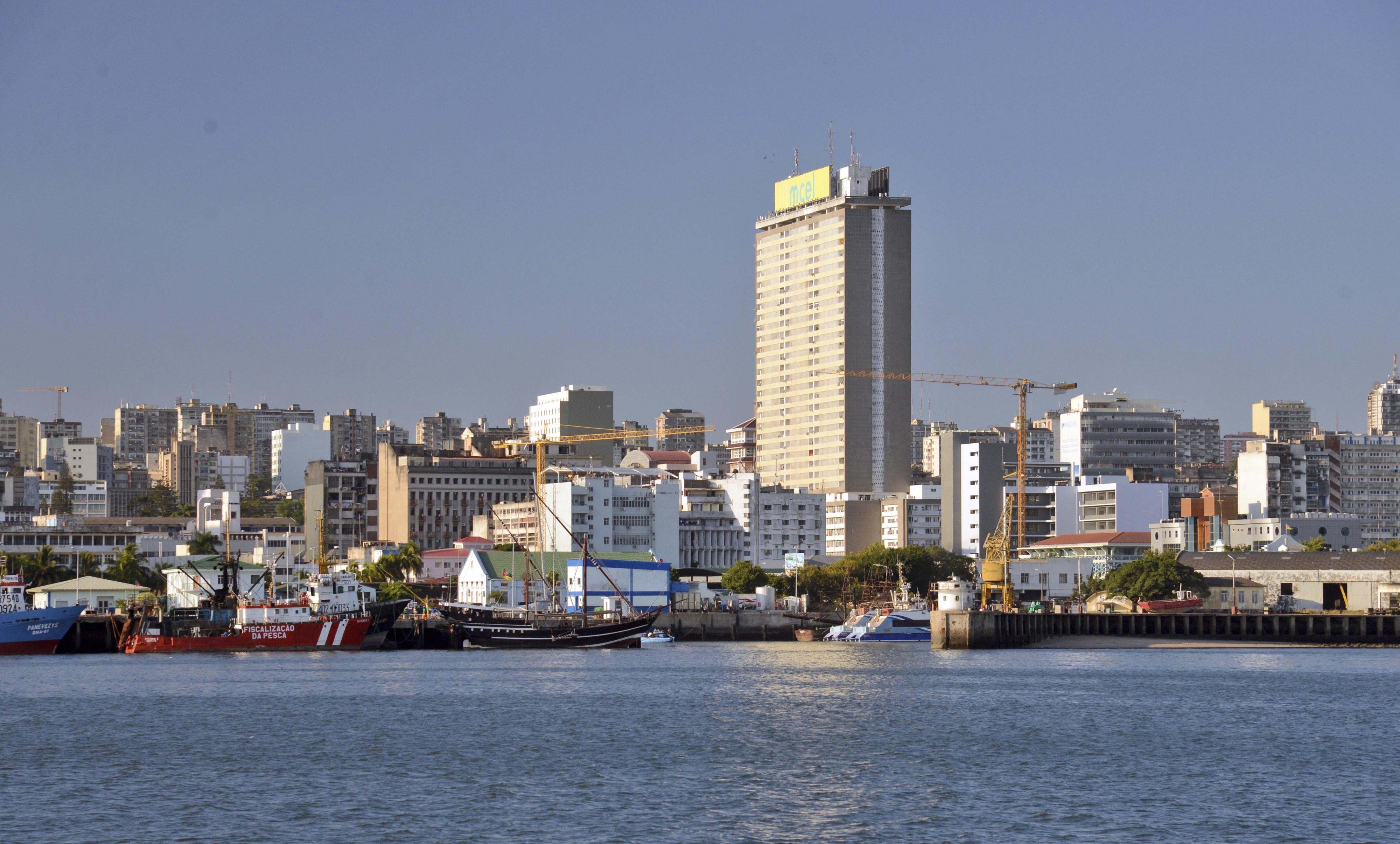 Procuradora-Geral de Moçambique acusa bancos de falta de comunicação de transações suspeitas