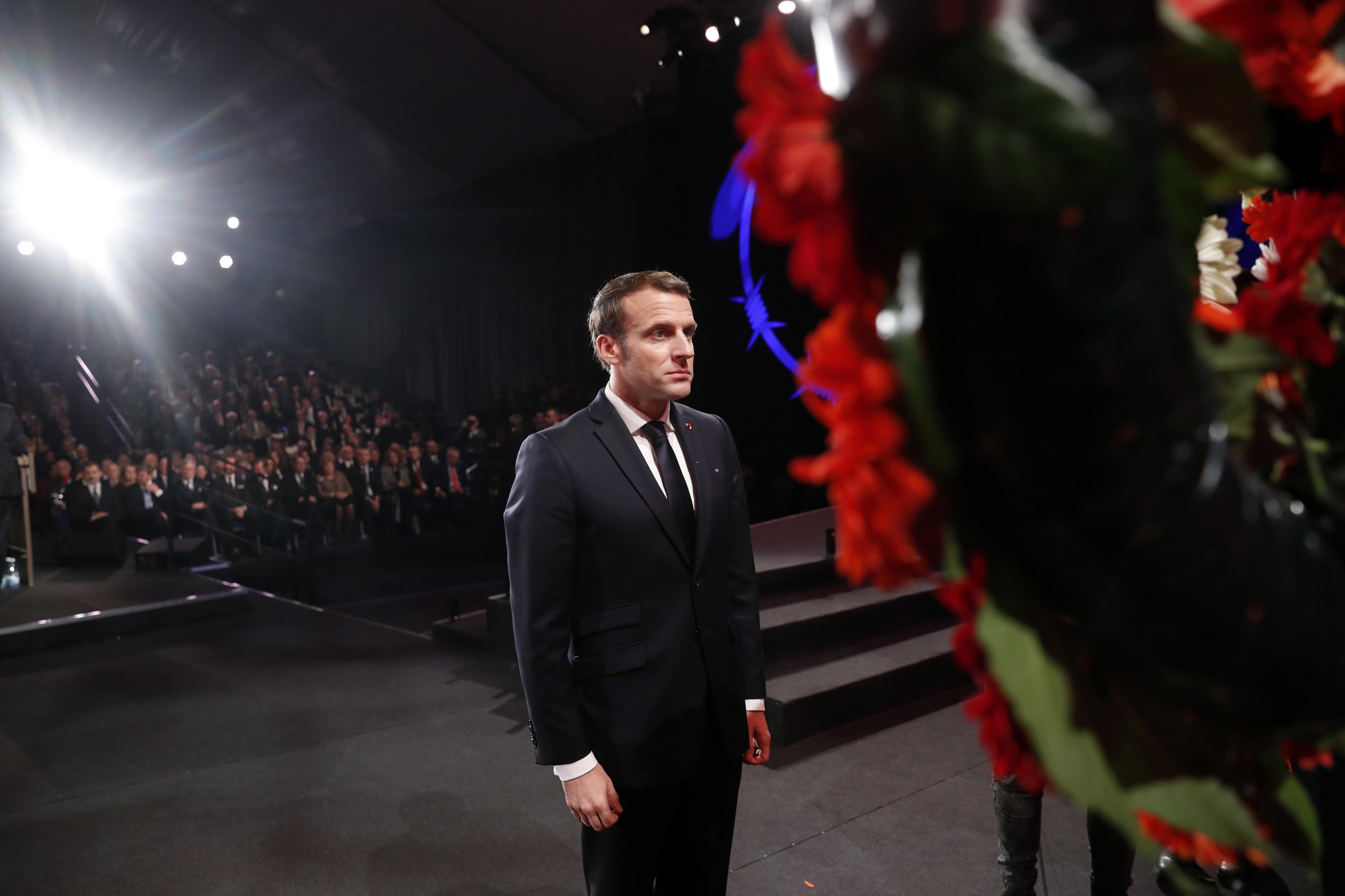 Presidente francês recebe Guaidó em ronda de pedidos de ajuda