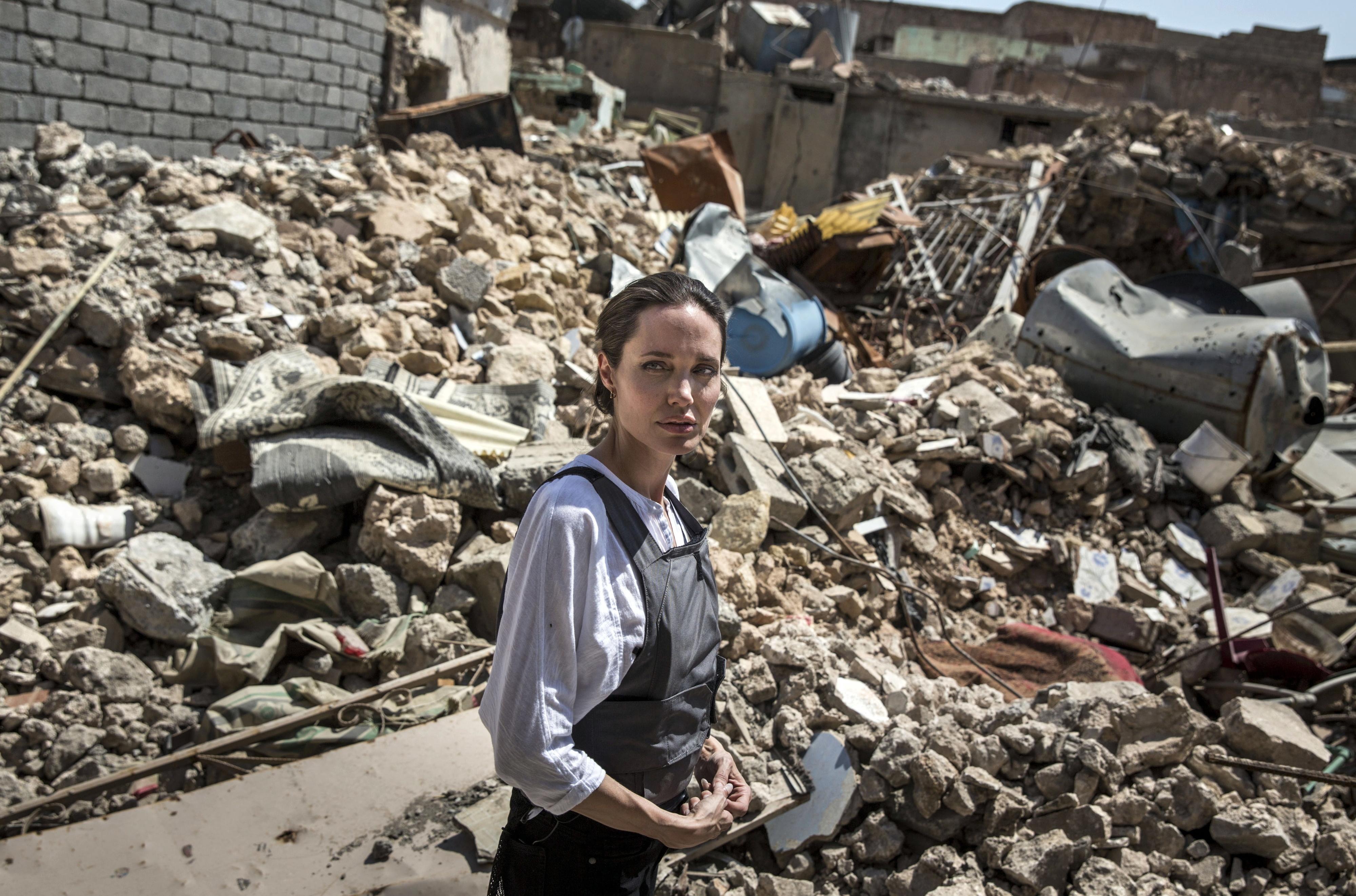 ONU encarrega Angelina Jolie de avaliar situação dos refugiados venezuelanos no Peru