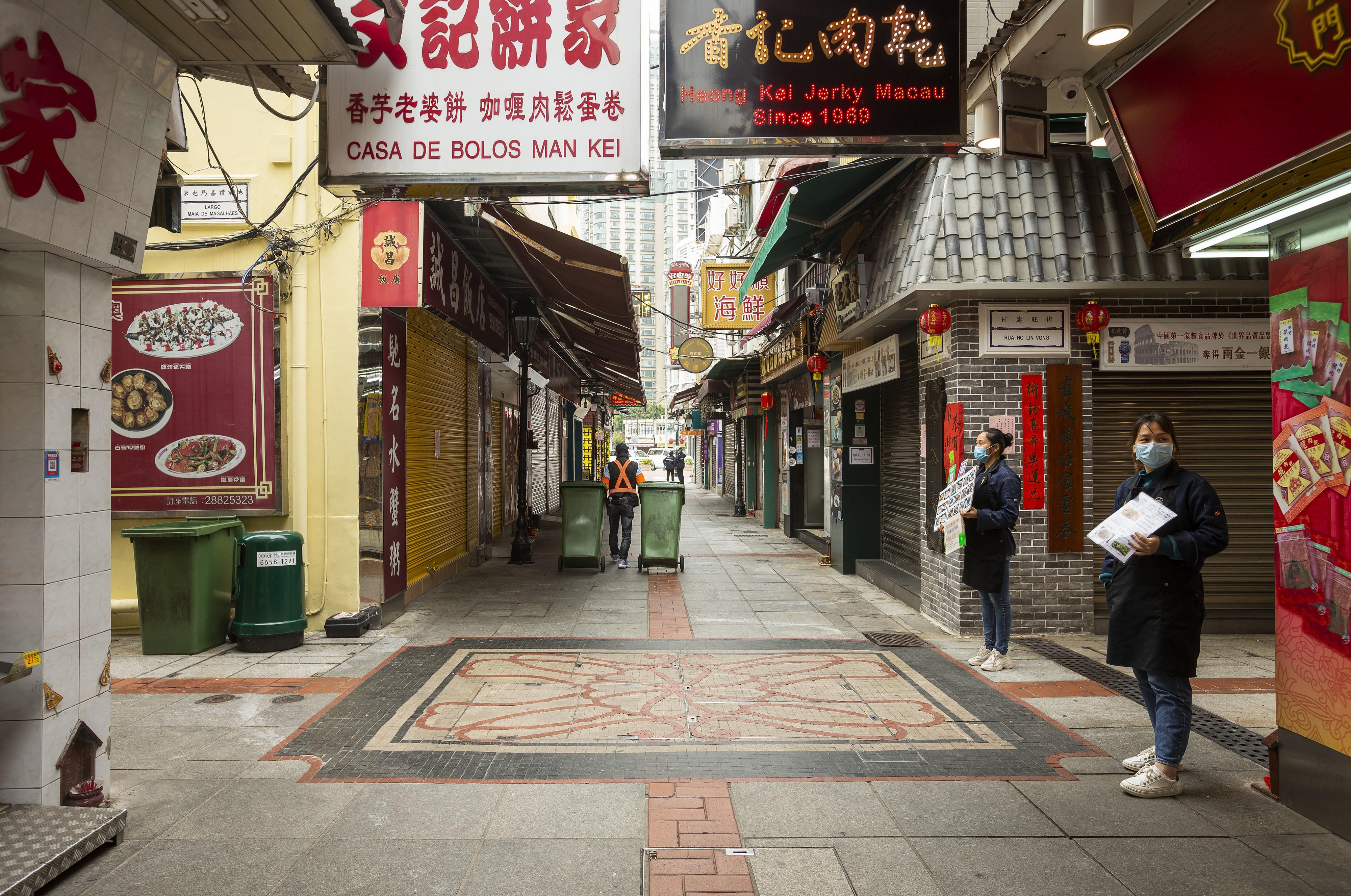 Obediência de Macau contrasta com a de Hong Kong, sociedade está unida -- investigadora