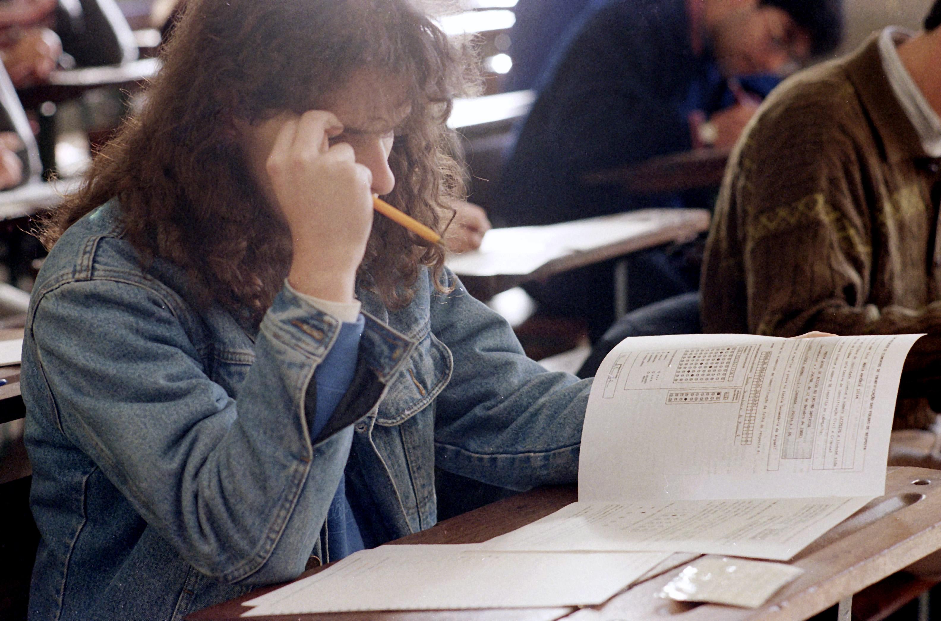 Alunos lançam petição pela suspensão dos exames nacionais