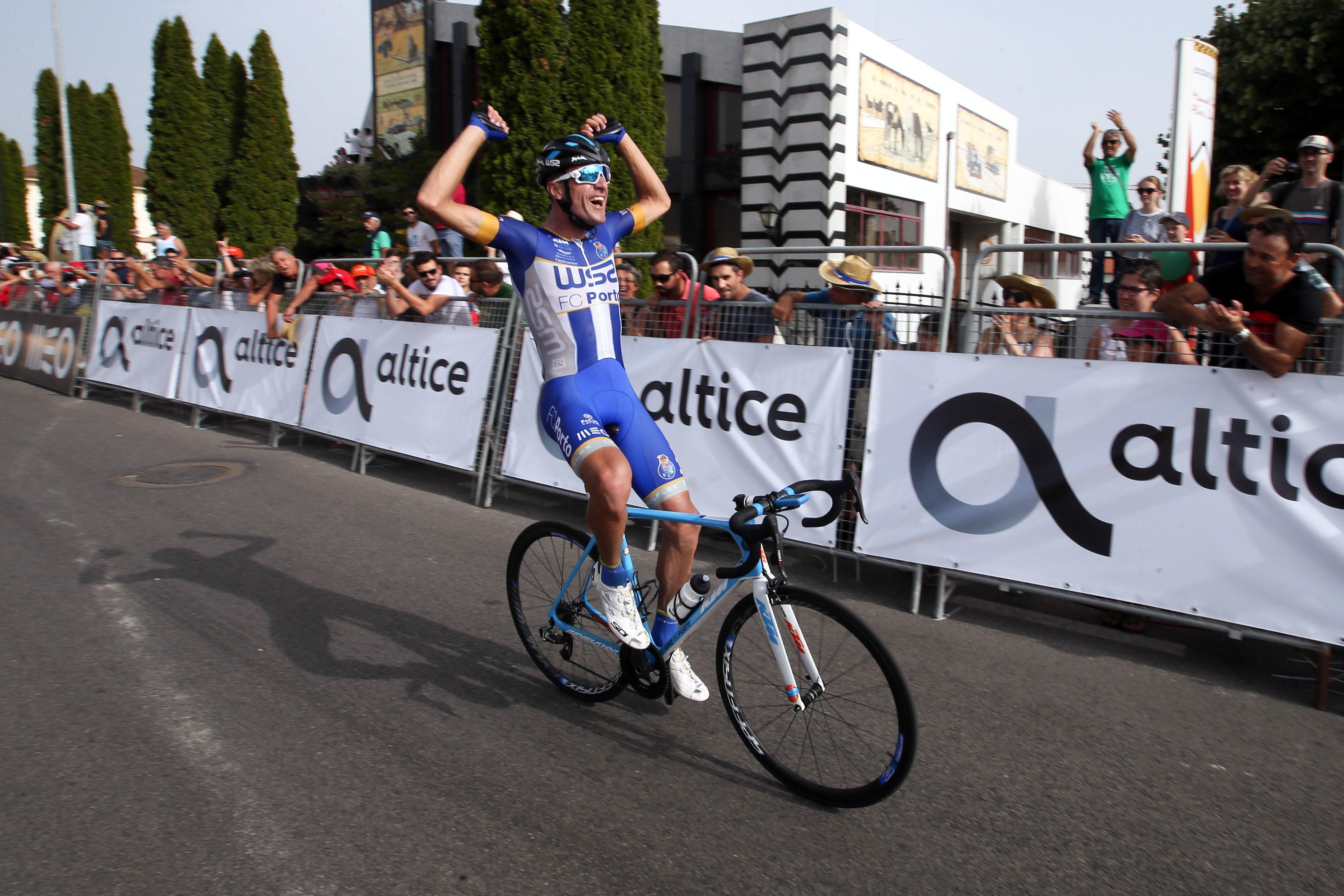 Raúl Alarcón, bicampeão da Volta a Portugal, diz-se inocente de suspeitas de doping