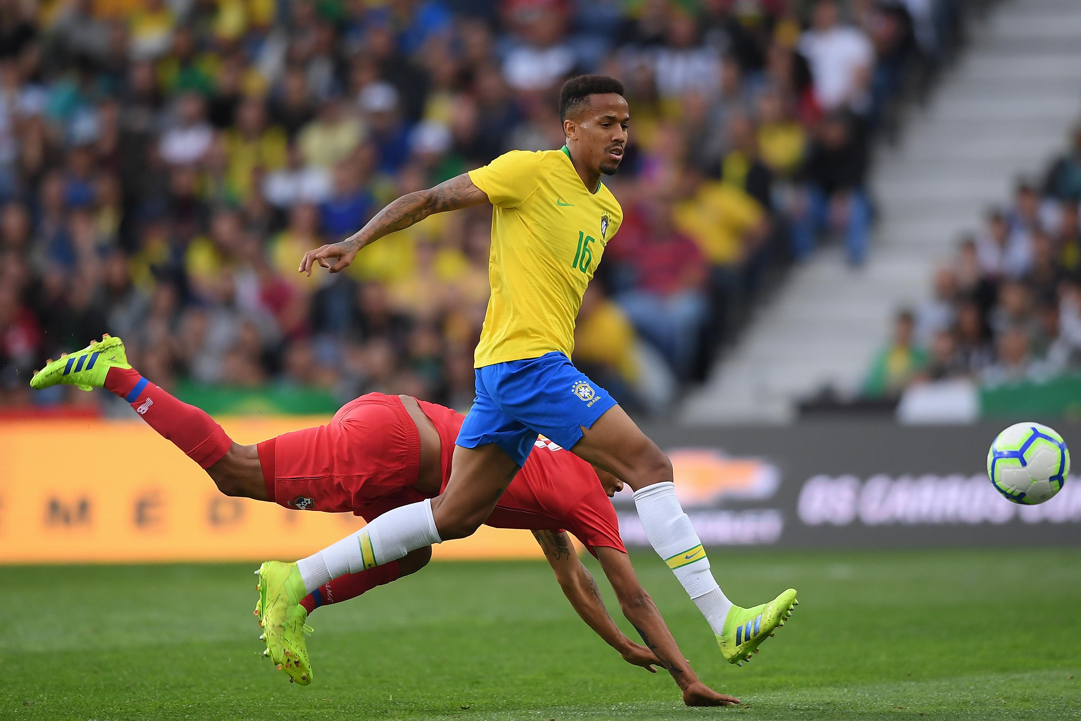 Brasil com pouco 'samba nos pés' empata particular com Panamá