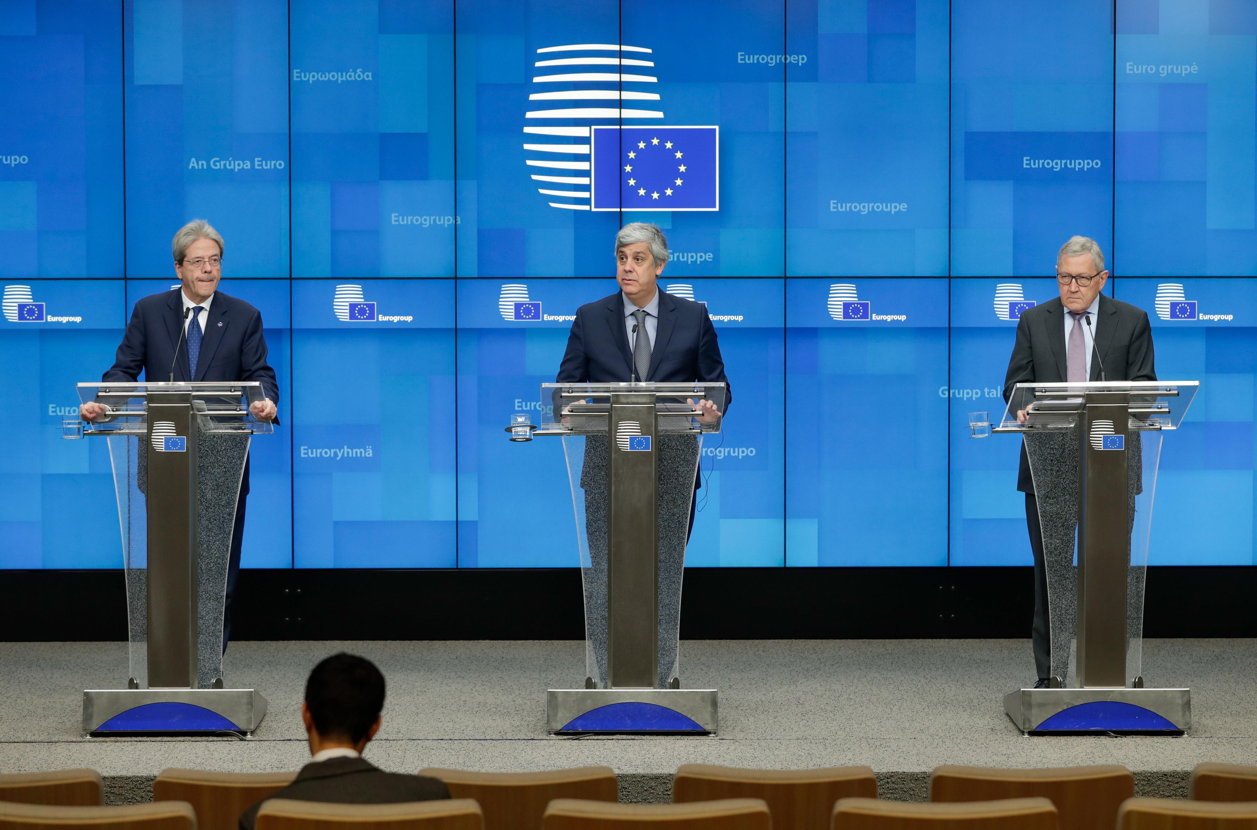 Eurogrupo prepara terreno mas não chega a acordo sobre medidas para reforçar zona euro