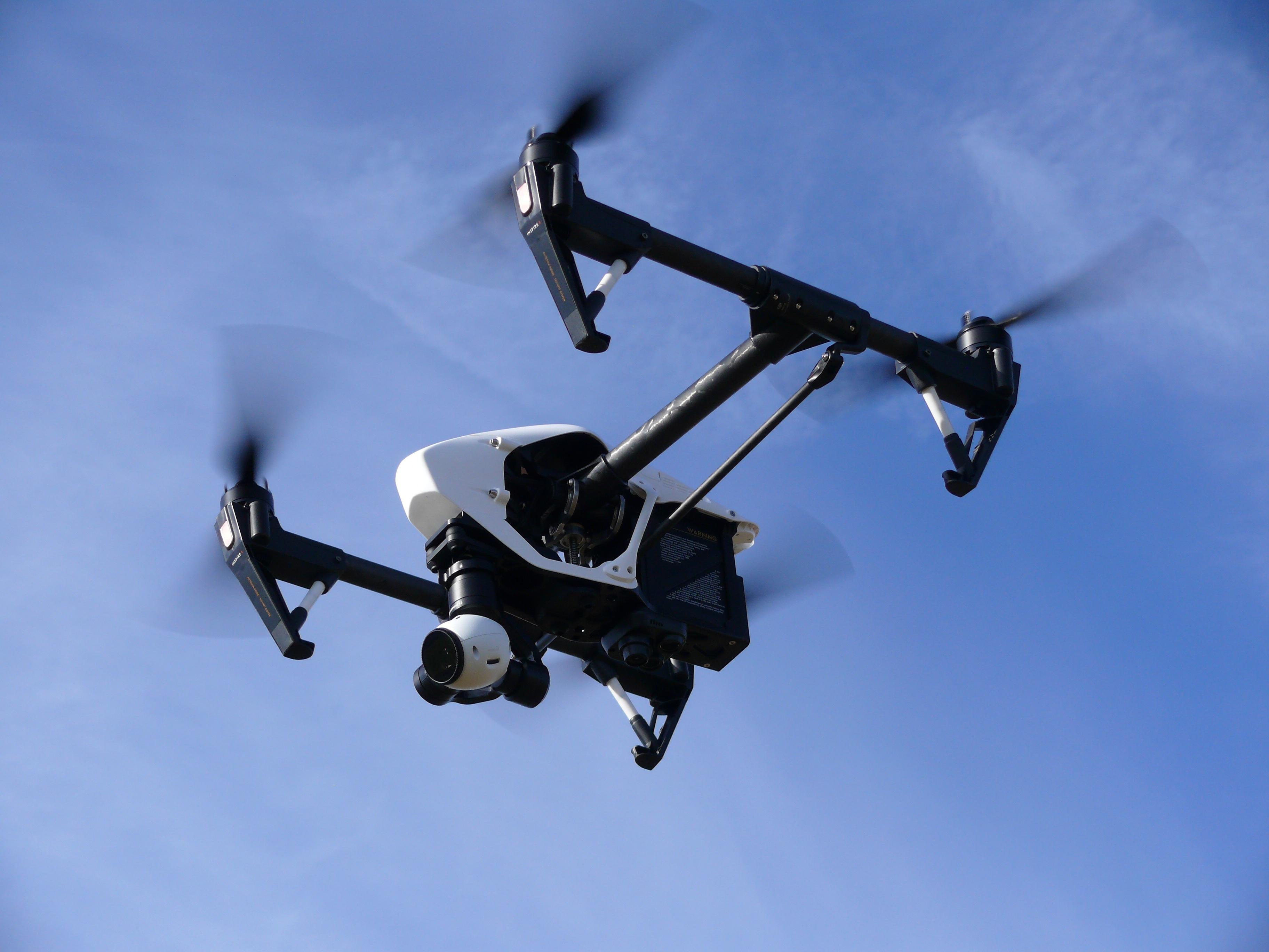 Acidentes com drones? A culpa é da máquina