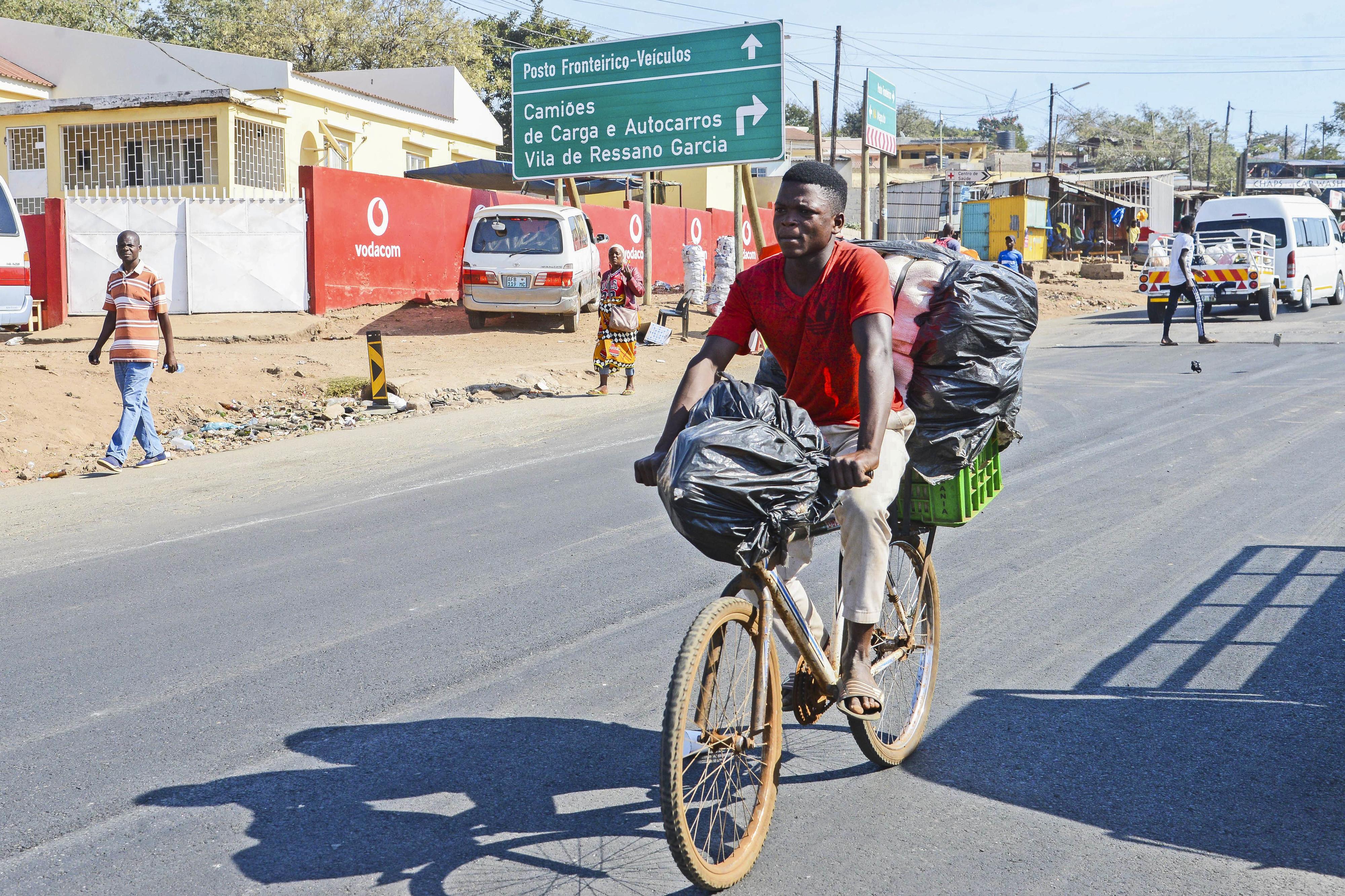 Novo porto seco em Ressano Garcia para descongestionar estrada que liga Moçambique e África do Sul