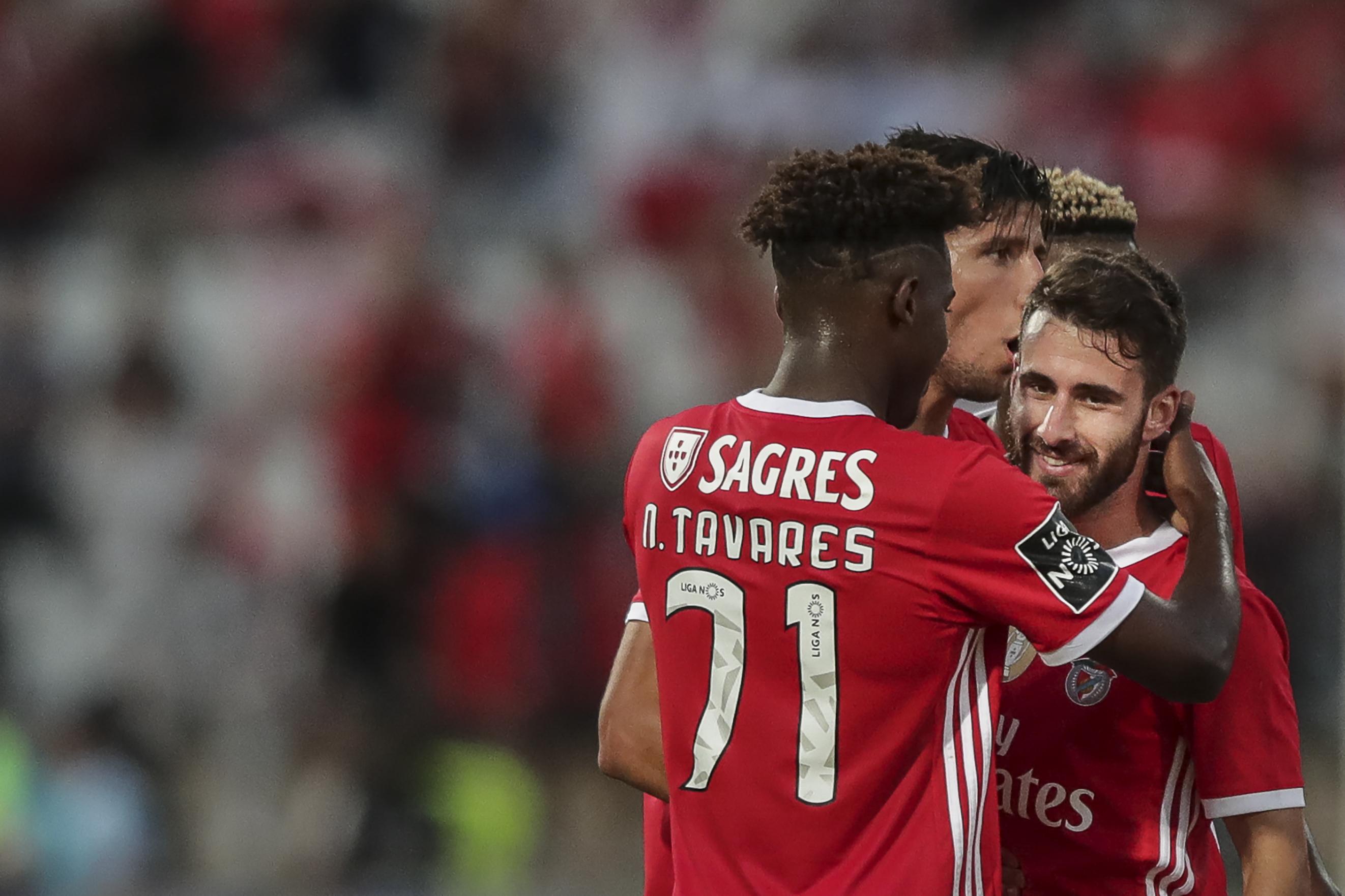 Benfica bate Belenenses SAD e mantém liderança da I Liga