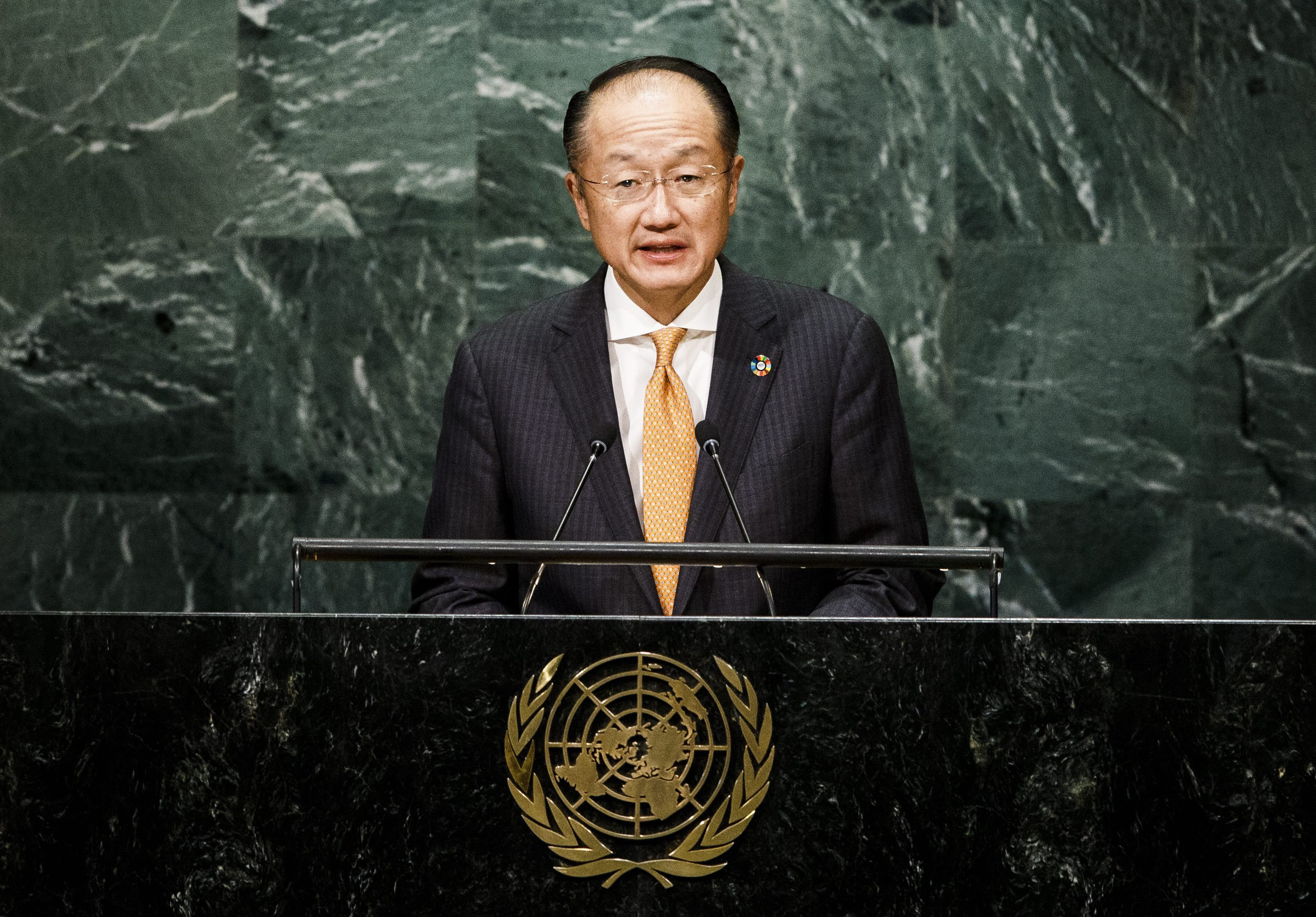Norte-americano Jim Yong Kim reconduzido como presidente do Banco Mundial