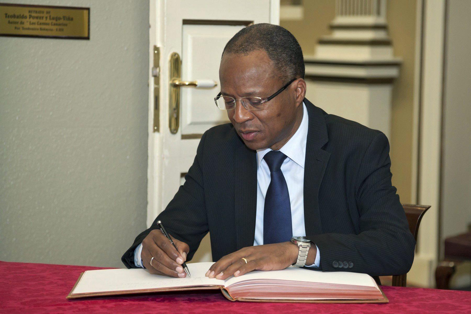 """PM de Cabo Verde diz que acordo de defesa e segurança com os EUA """"é claro"""""""