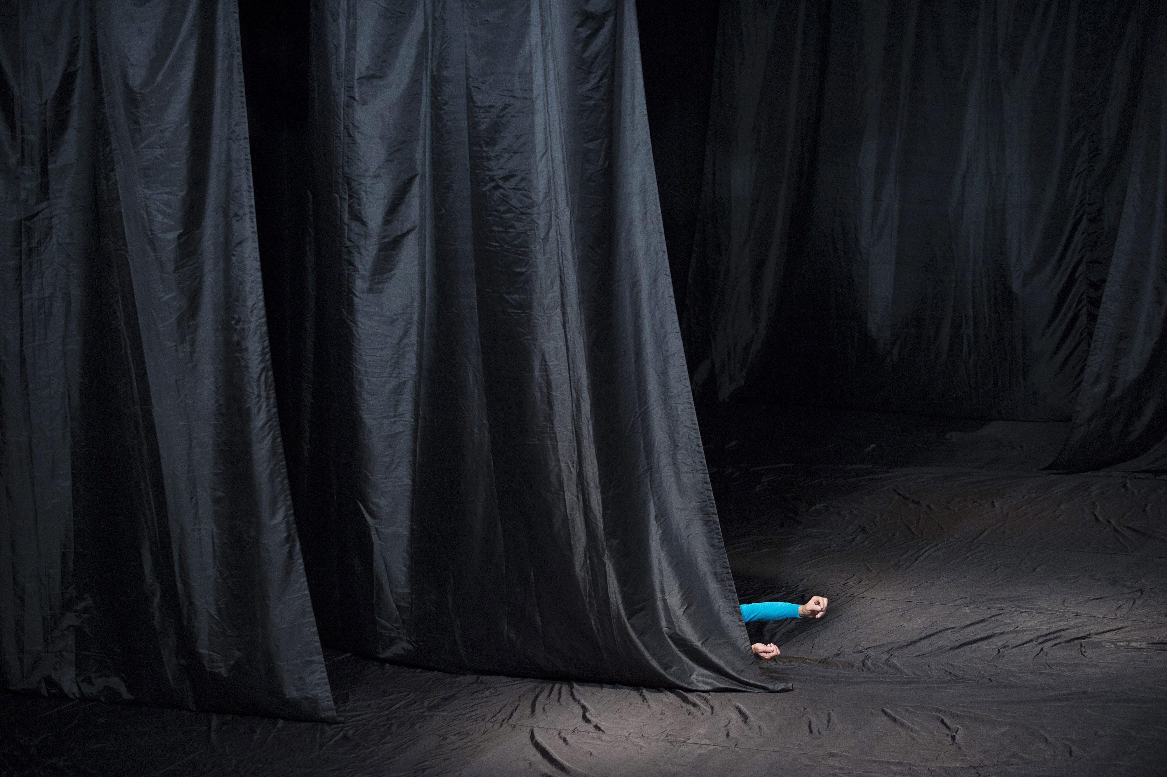Atores com deficiência mental criam peça teatral inspirada nas suas memórias