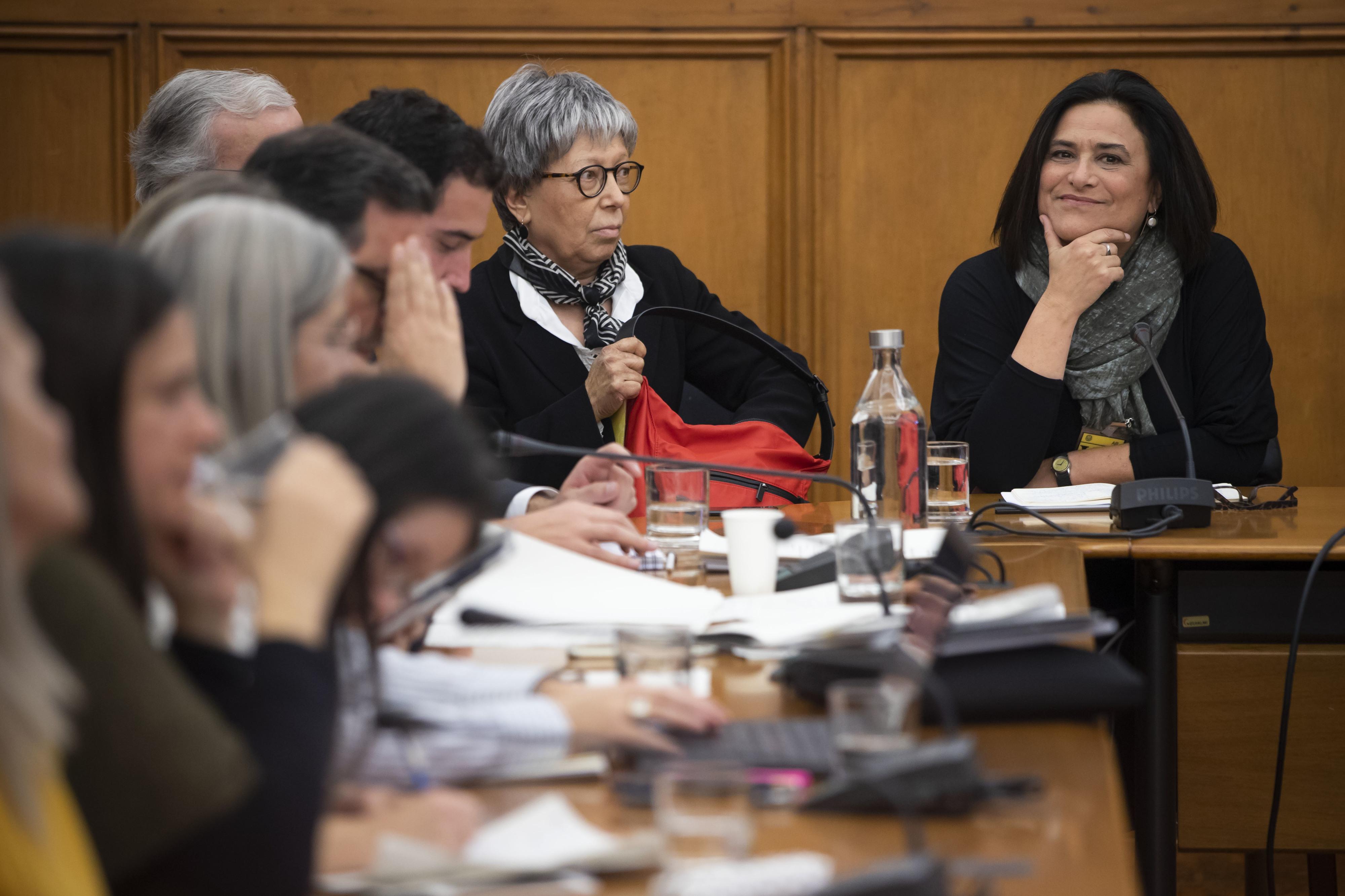 Mais de 50 jornalistas subscrevem abaixo-assinado em defesa de Maria Flor Pedroso