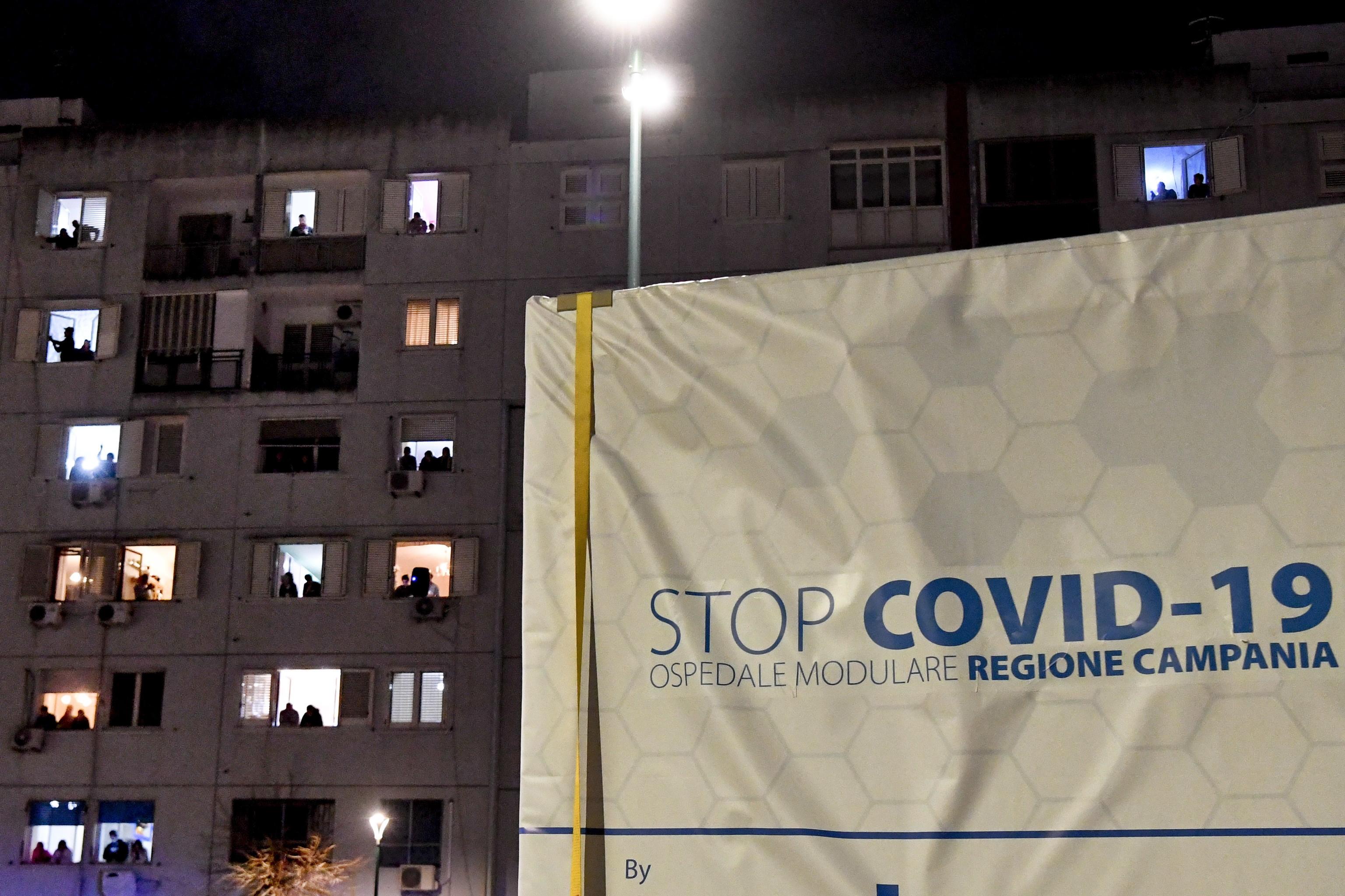 """UE, Eurogrupo e BCE pedem respostas """"engenhosas e construtivas"""" à crise"""