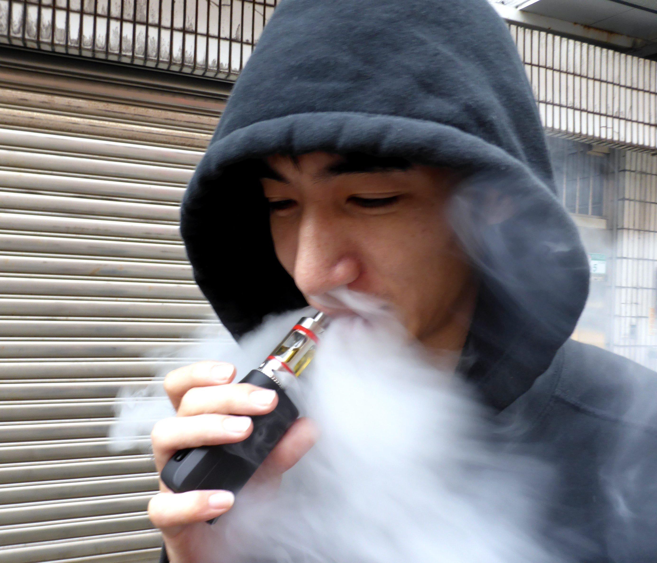 DGS desaconselha uso de cigarros eletrónicos devido a riscos para a saúde