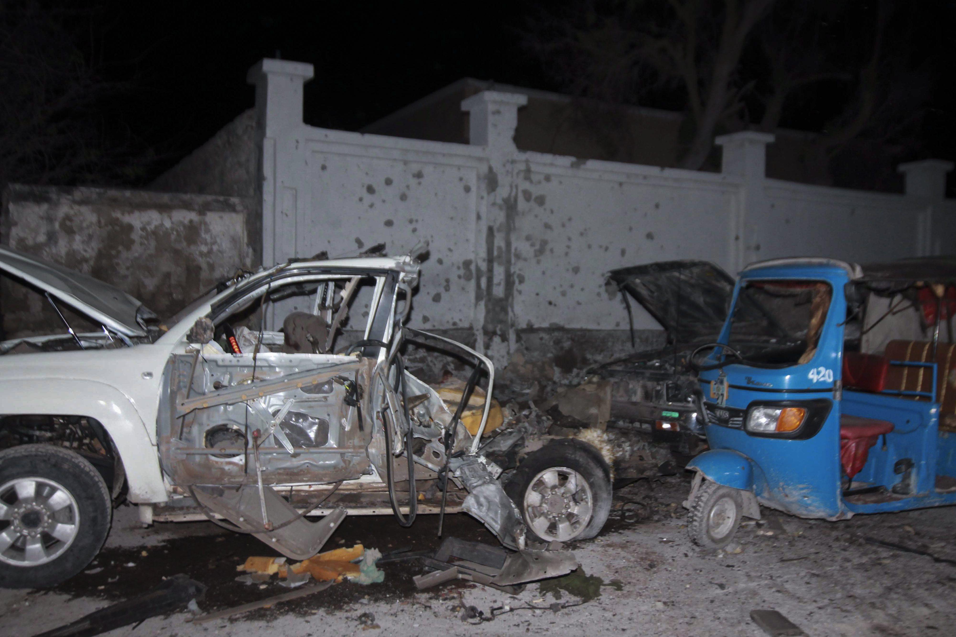 Comando 'shebab' ataca restaurante de praia em Mogadíscio e faz sete mortos